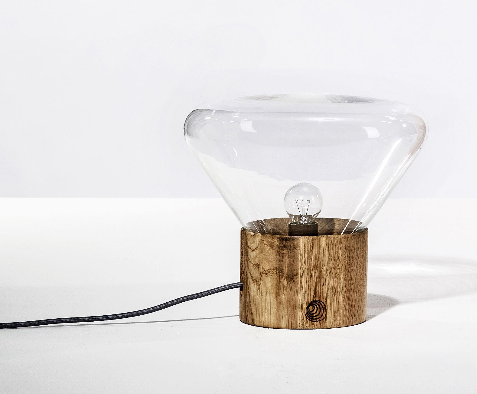 lampe de table mini muffin by brokis h 27 cm verre transparent gallery s bensimon. Black Bedroom Furniture Sets. Home Design Ideas