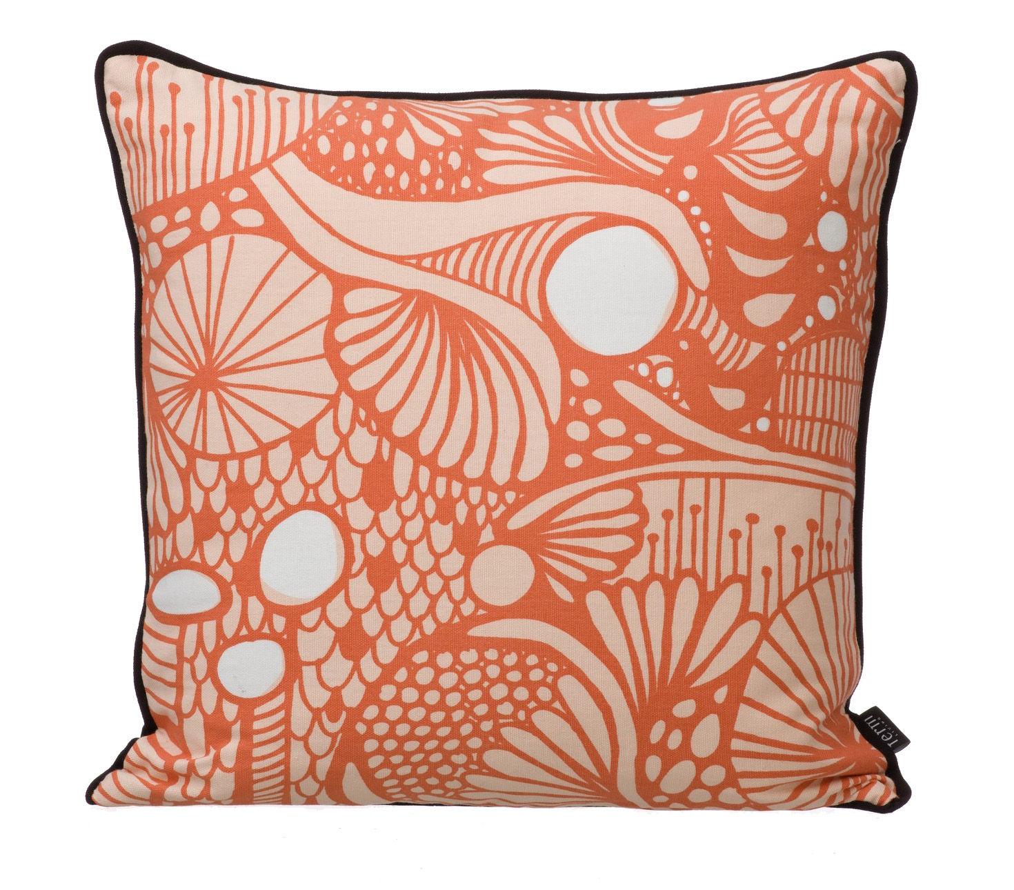 coussin fusion 40 x 40 cm corail dos noir ferm living. Black Bedroom Furniture Sets. Home Design Ideas