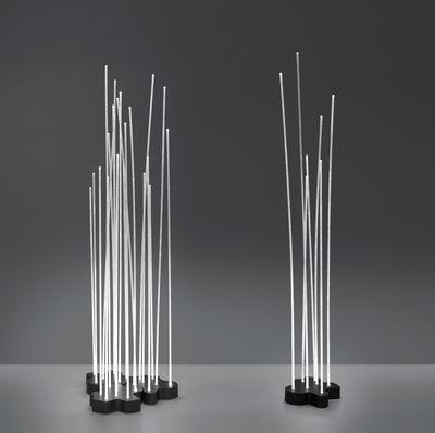 lampadaire reeds led 7 tiges blanc base gris. Black Bedroom Furniture Sets. Home Design Ideas