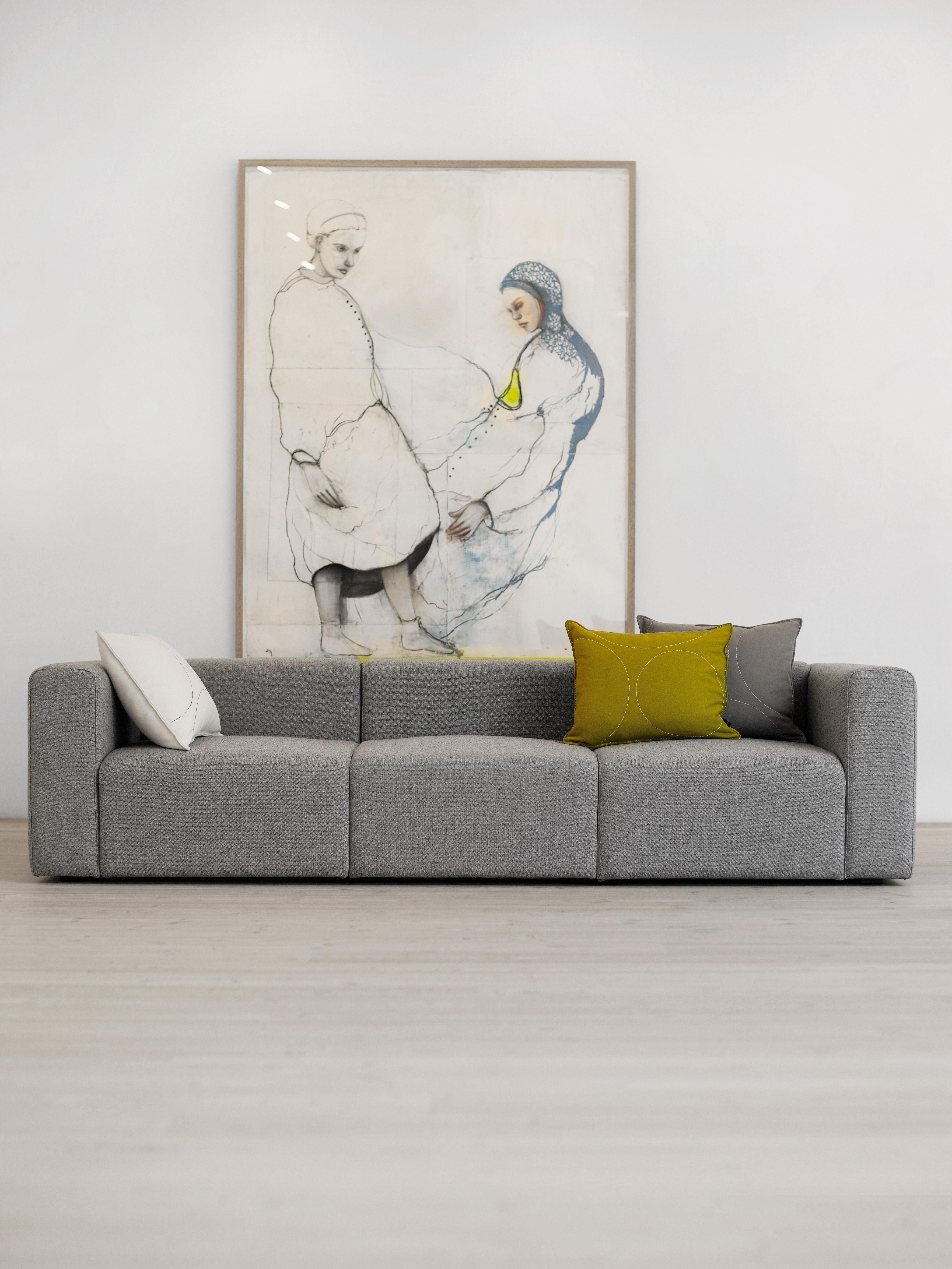 mags straight sofa 3 seats l 266 cm hallingdal fabric light grey by hay. Black Bedroom Furniture Sets. Home Design Ideas