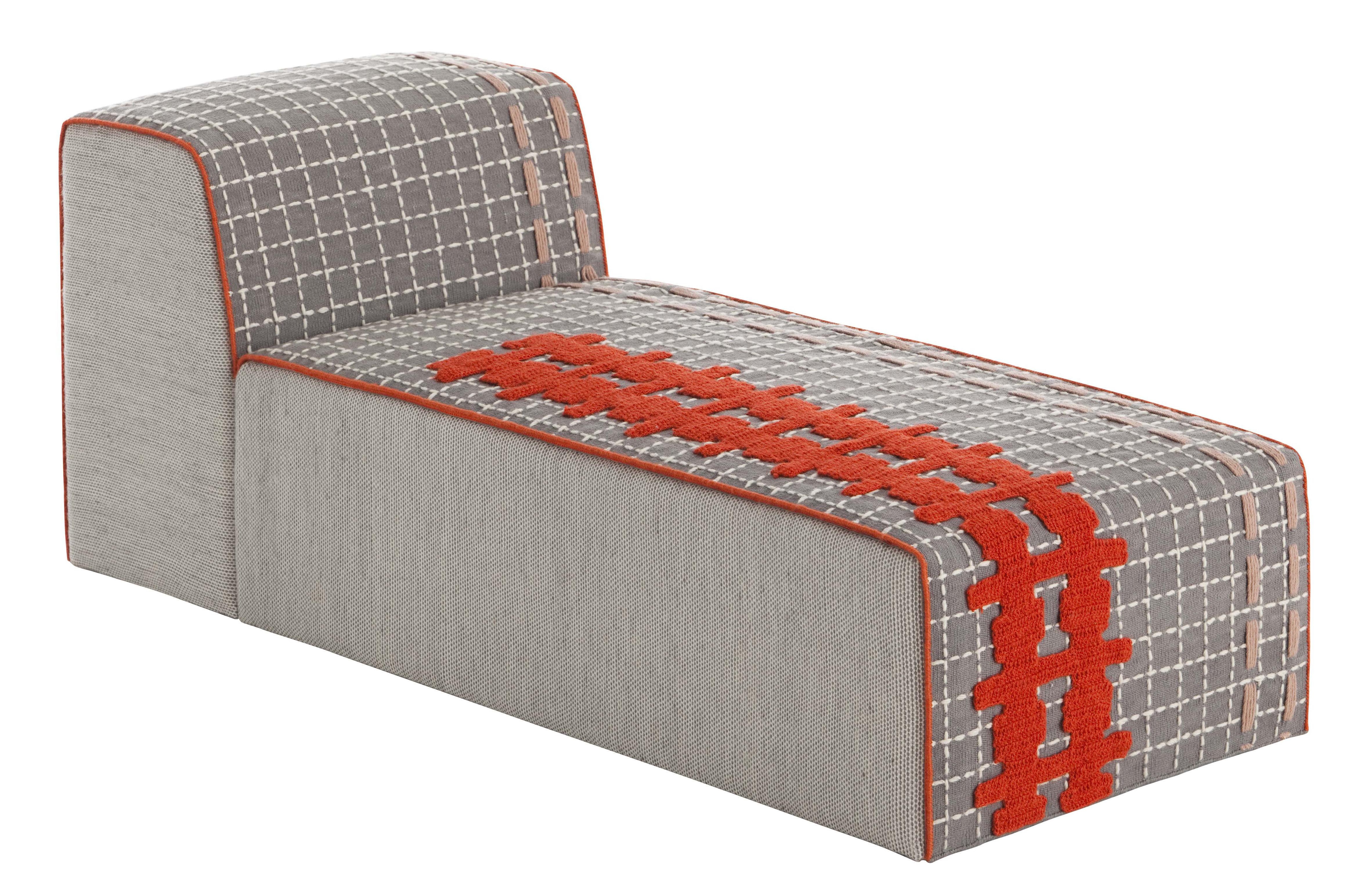 n 2 bandas set 1 rug 2 poufs large 1 chaise longue. Black Bedroom Furniture Sets. Home Design Ideas