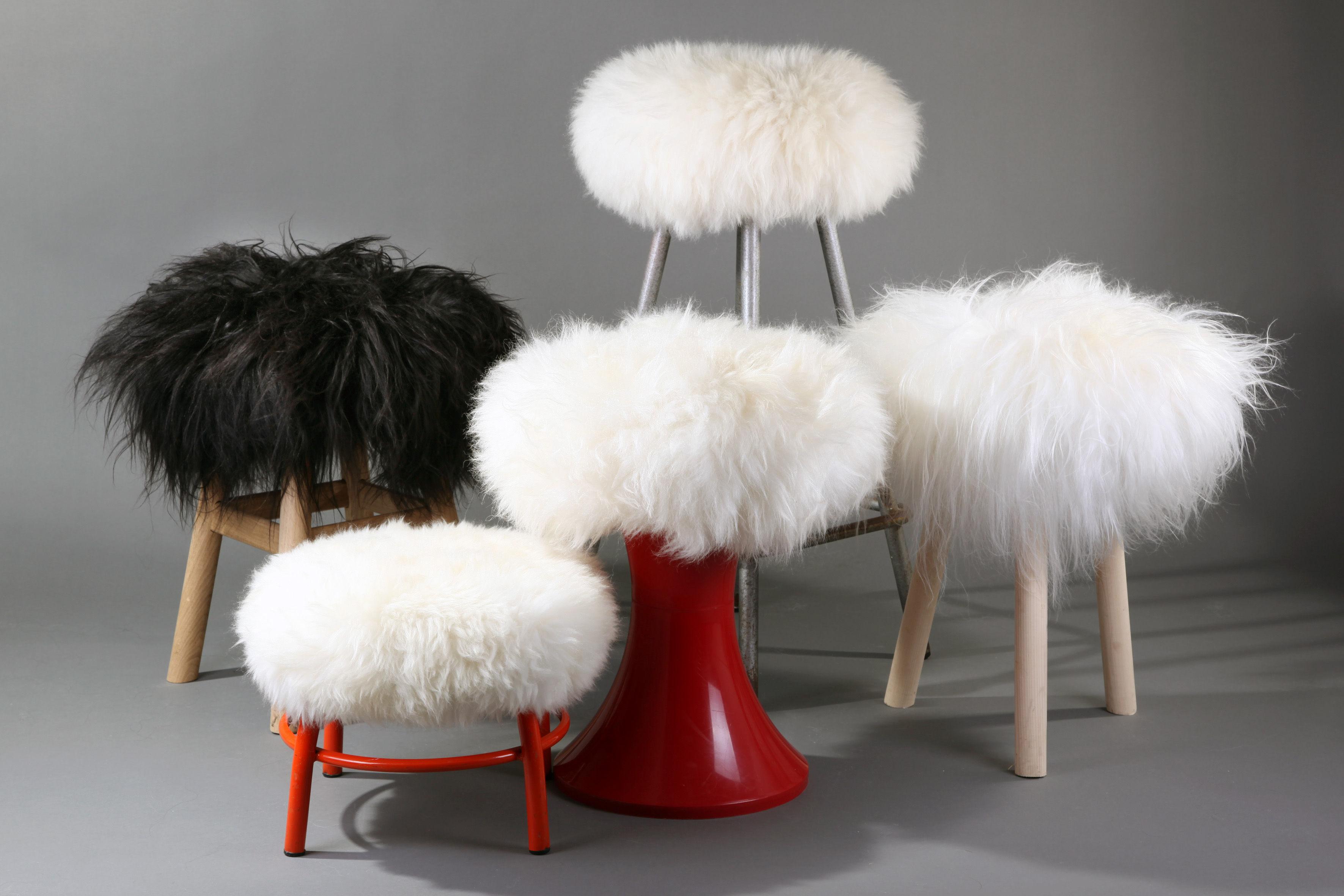housse de tabouret top moumoute peau de mouton v ritable poils longs blanc fab design. Black Bedroom Furniture Sets. Home Design Ideas