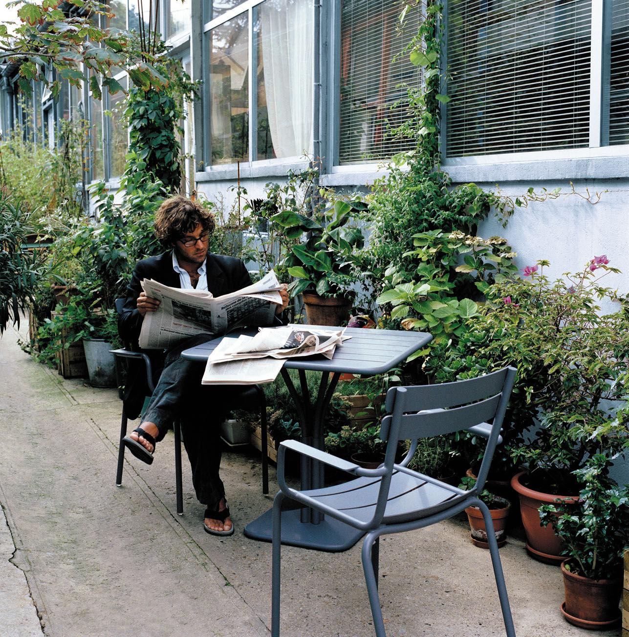 Table de jardin luxembourg 80 x 80 cm pied central - Fermob jardin du luxembourg ...
