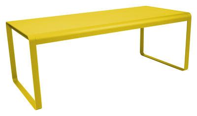 Scopri tavolo bellevie l 196 cm 8 a 10 persone limone for Tavolo 10 persone
