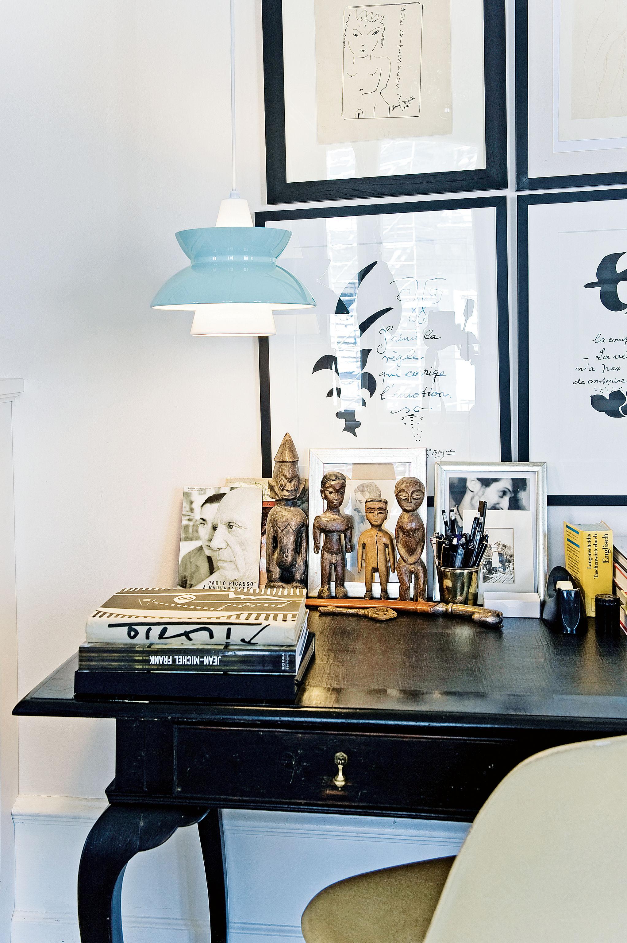suspension doo wop bleu louis poulsen. Black Bedroom Furniture Sets. Home Design Ideas