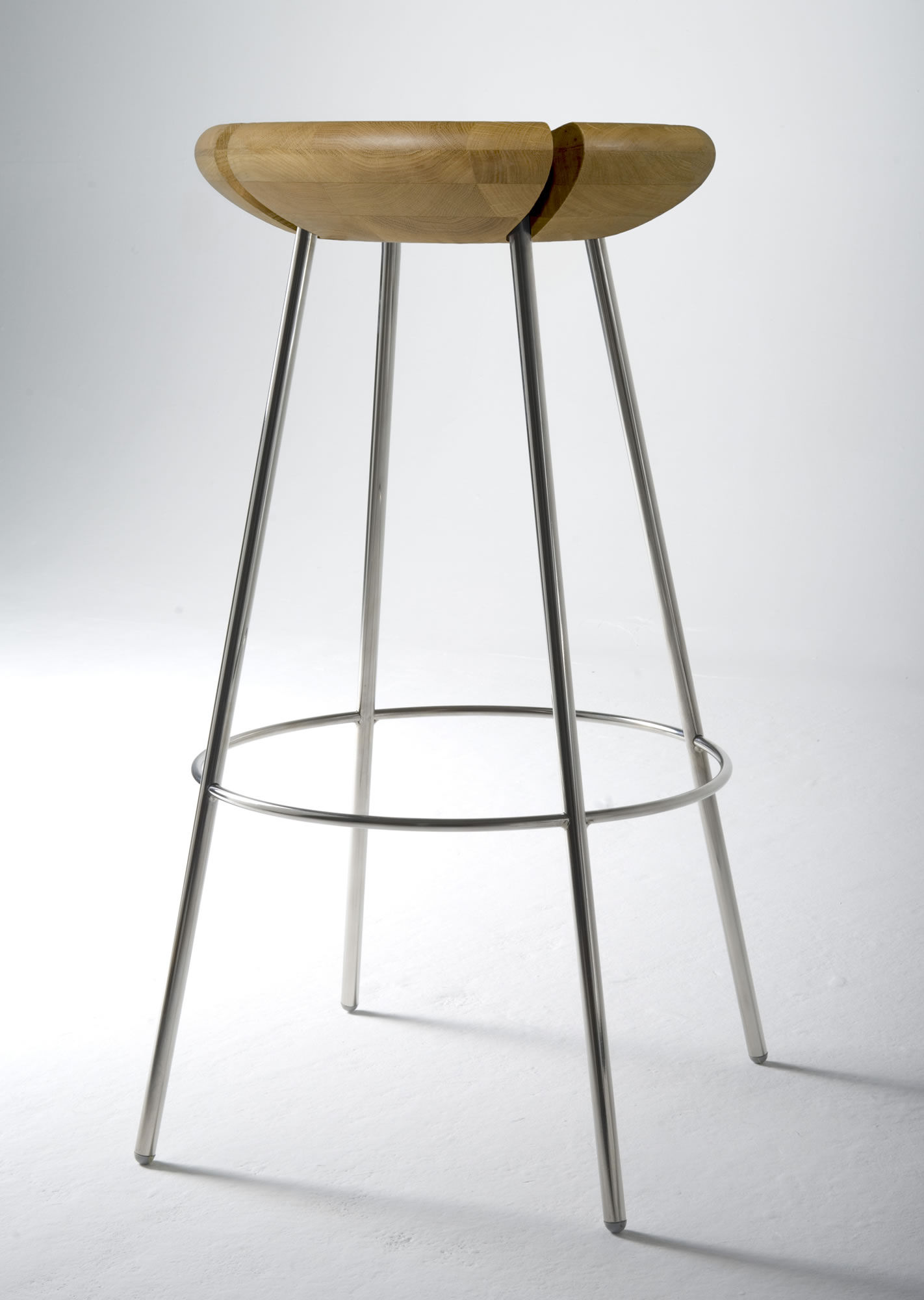 Tribo Bar stool H 76 cm Wood amp metal legs solid oak  : 4c18591d 2776 447a b406 093acbcd2a93 from www.madeindesign.co.uk size 1422 x 2000 jpeg 147kB