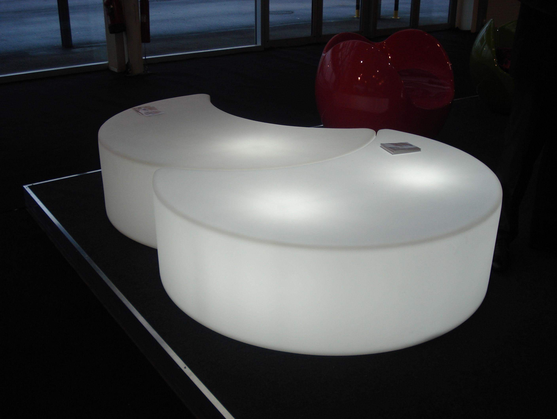Tavolino Luminoso Moon Outdoor  Panca  Per L'esterno Bianco  Esterno  #354A64 2816 2112 Panca Angolare Per Cucina Usata