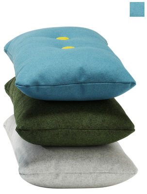 coussin dot divina 74 x 40 cm vert d 39 eau boutons vert fonc jaune hay. Black Bedroom Furniture Sets. Home Design Ideas