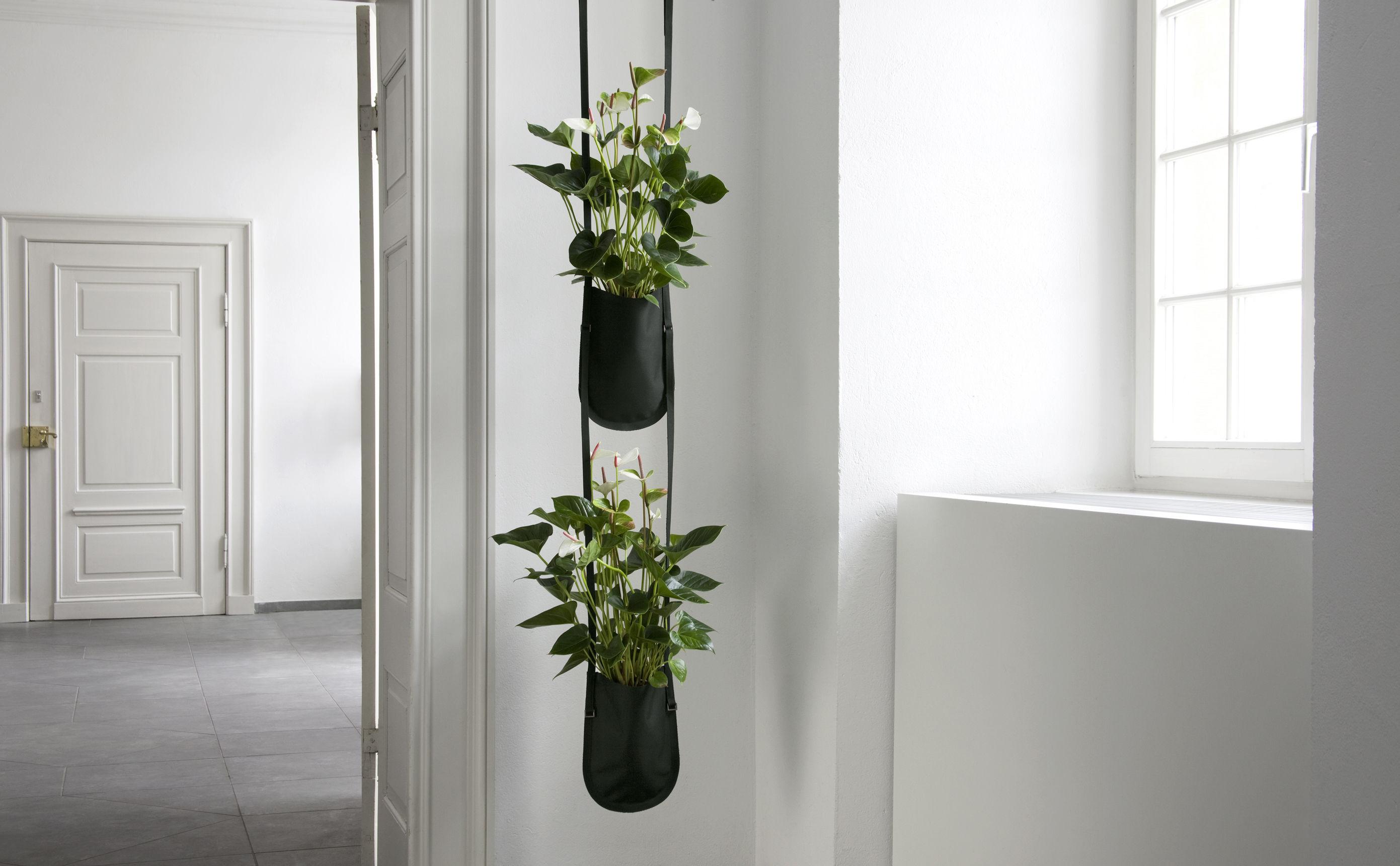pot de fleurs urban garden bag small a suspendre 1 litre plant bag s 1 litre noir. Black Bedroom Furniture Sets. Home Design Ideas