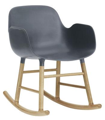 Foto Rocking chair Form - Normann Copenhagen - Rovere naturale,Blu grigio - Materiale plastico