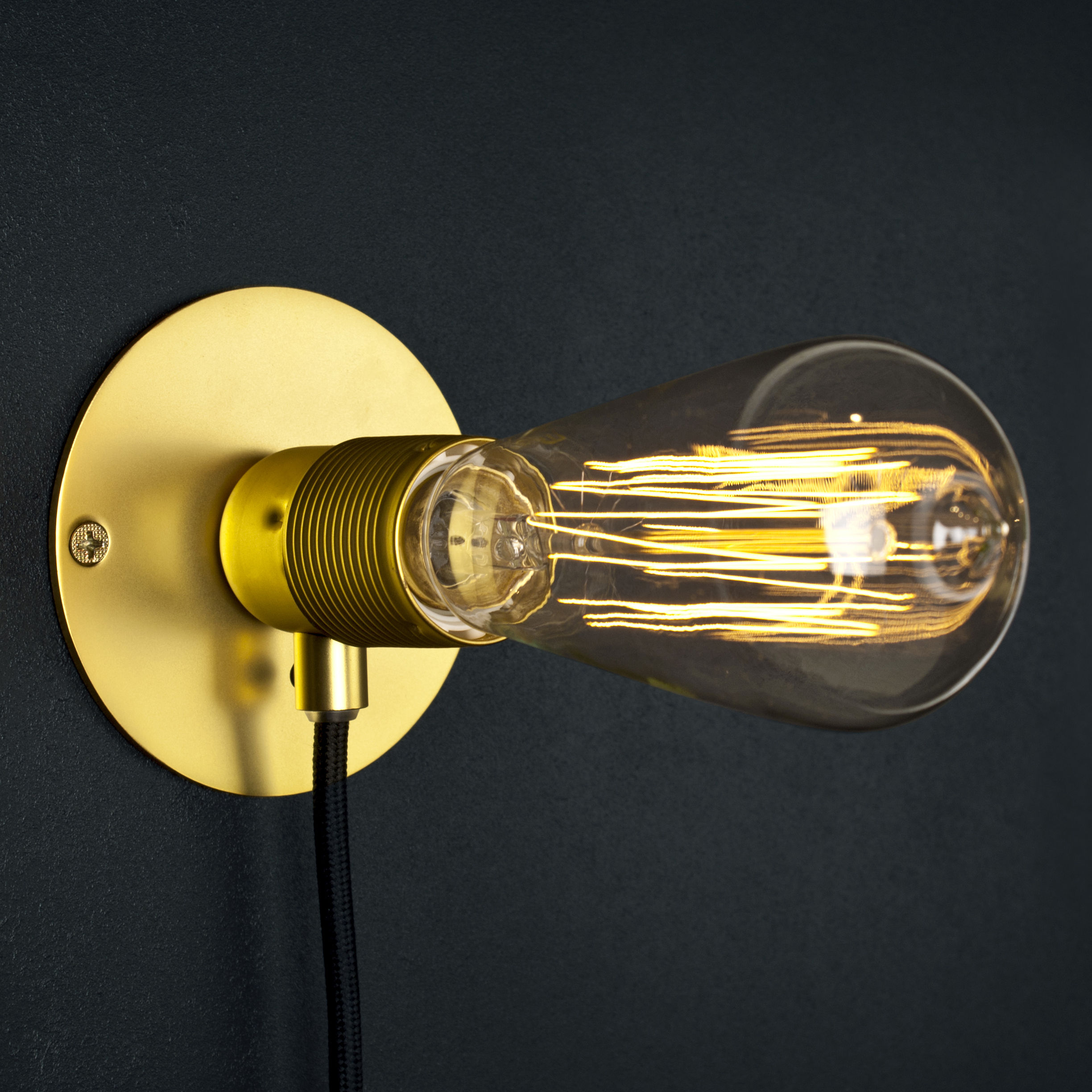 Small Brass Wall Lamps : Frama Kit Wall light - Small - ? 12 cm Brass by Frama