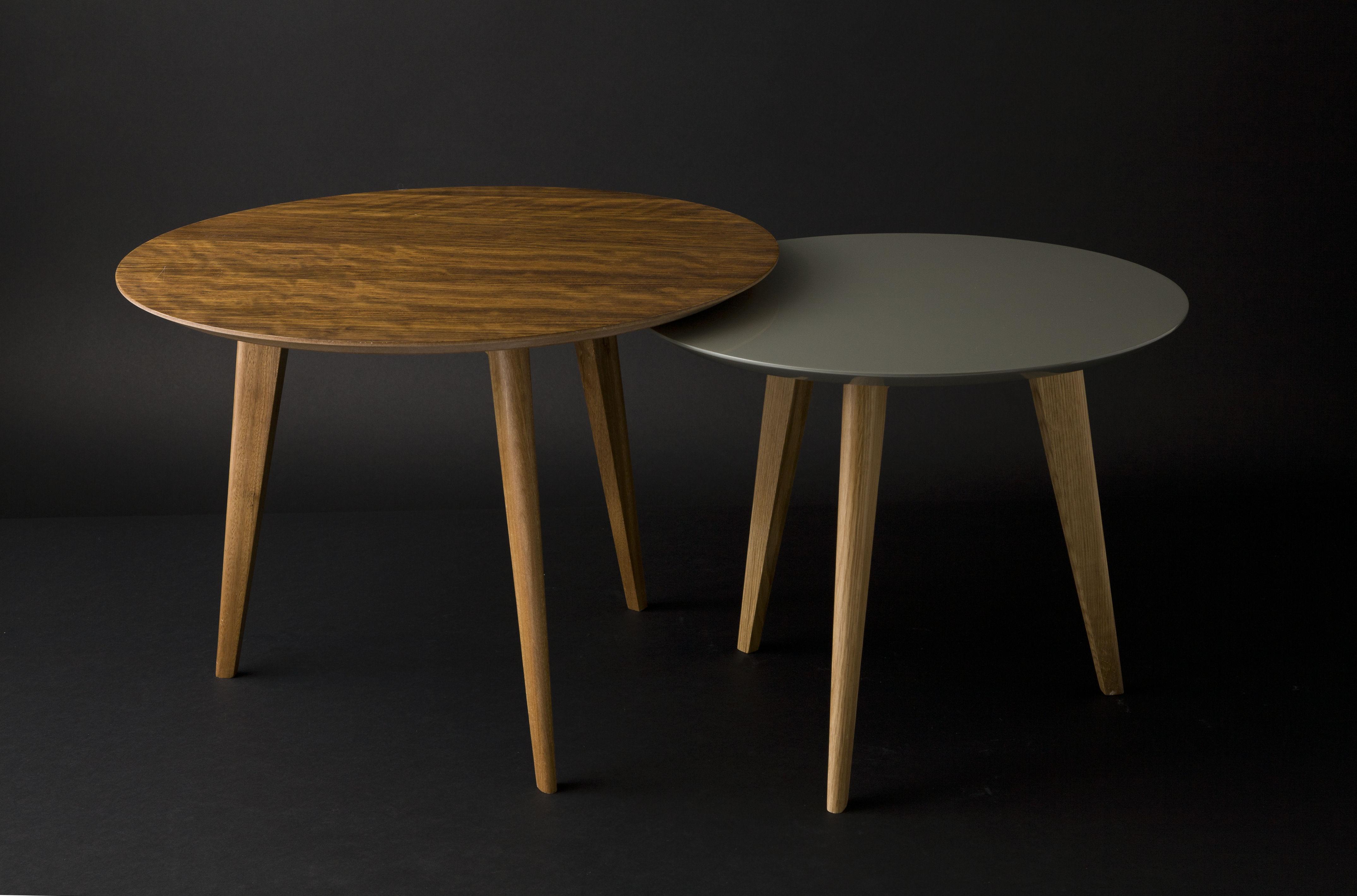 Table basse lalinde large 55cm pieds noirs bleu for Table 3 pieds