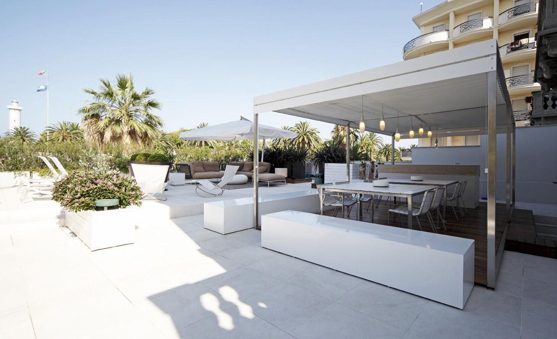 pergola structure inox lattes blanches coro. Black Bedroom Furniture Sets. Home Design Ideas