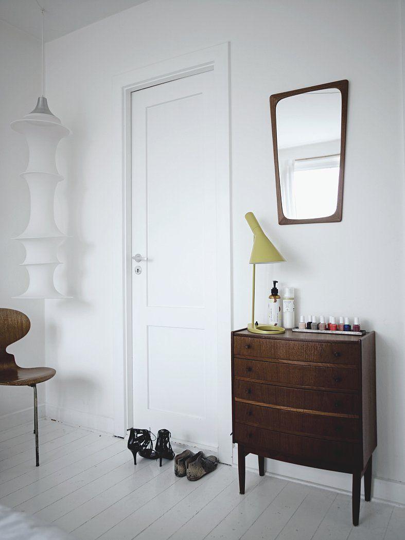 aj louis poulsen tischleuchte. Black Bedroom Furniture Sets. Home Design Ideas