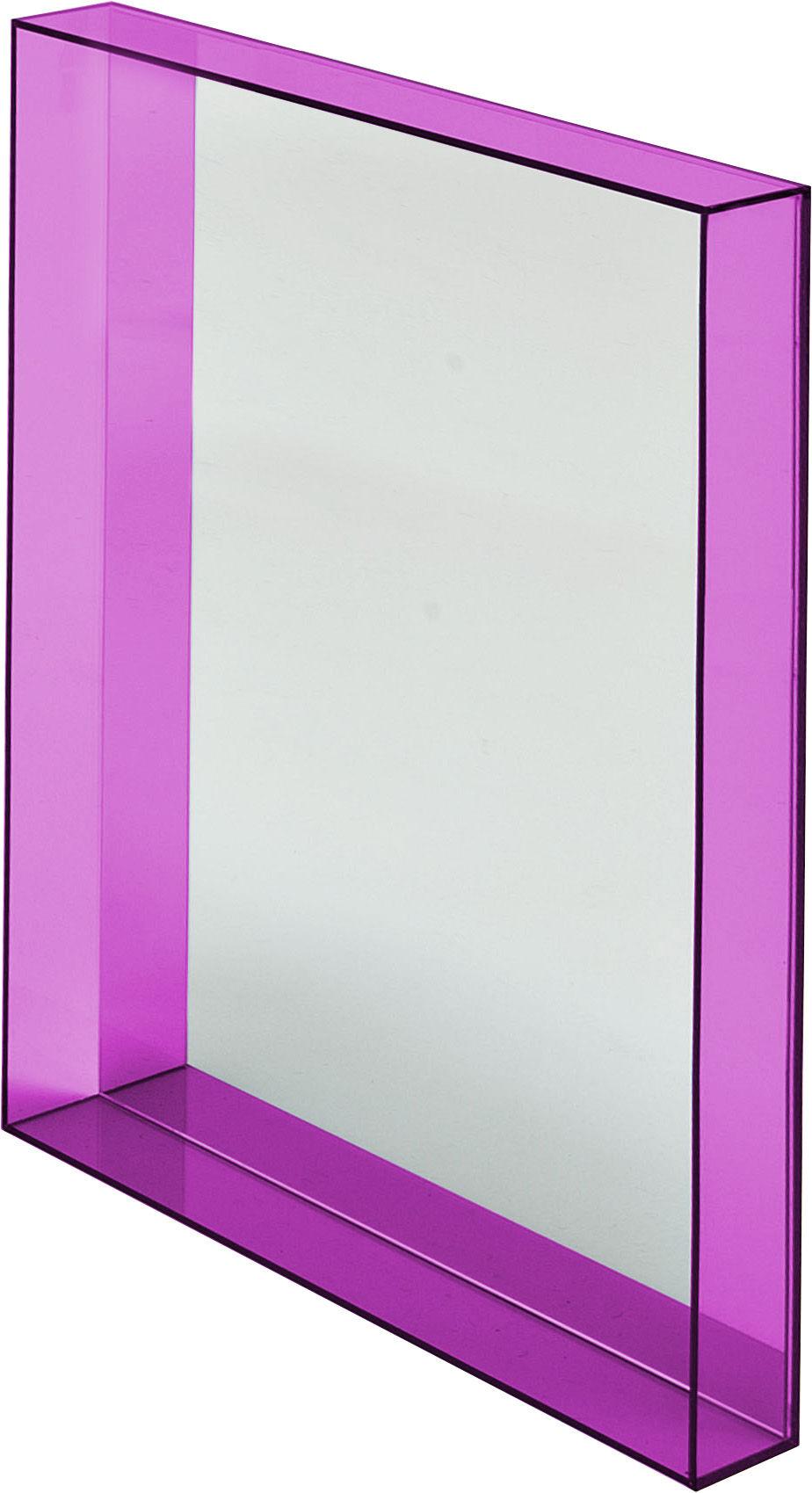 Miroir only me l 50 x h 70 cm fuchsia transparent kartell for Miroir 50 70