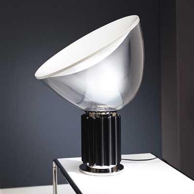 Scopri lampada da tavolo taccia base nera di flos made - Tavolo castiglioni ...