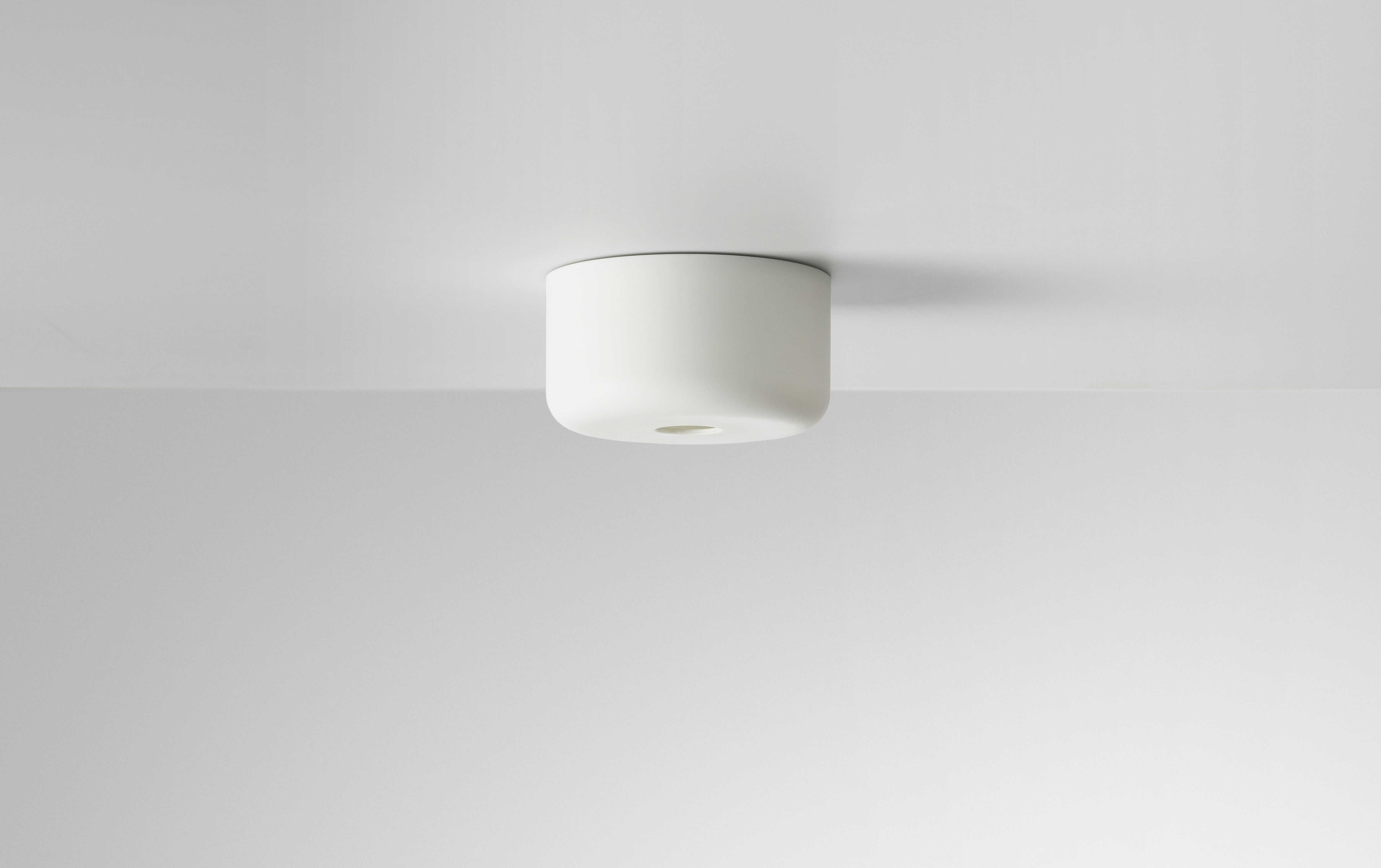 Speakers for bathroom ceiling - Ceiling Rose Muti For Suspensions E27 White By Muuto