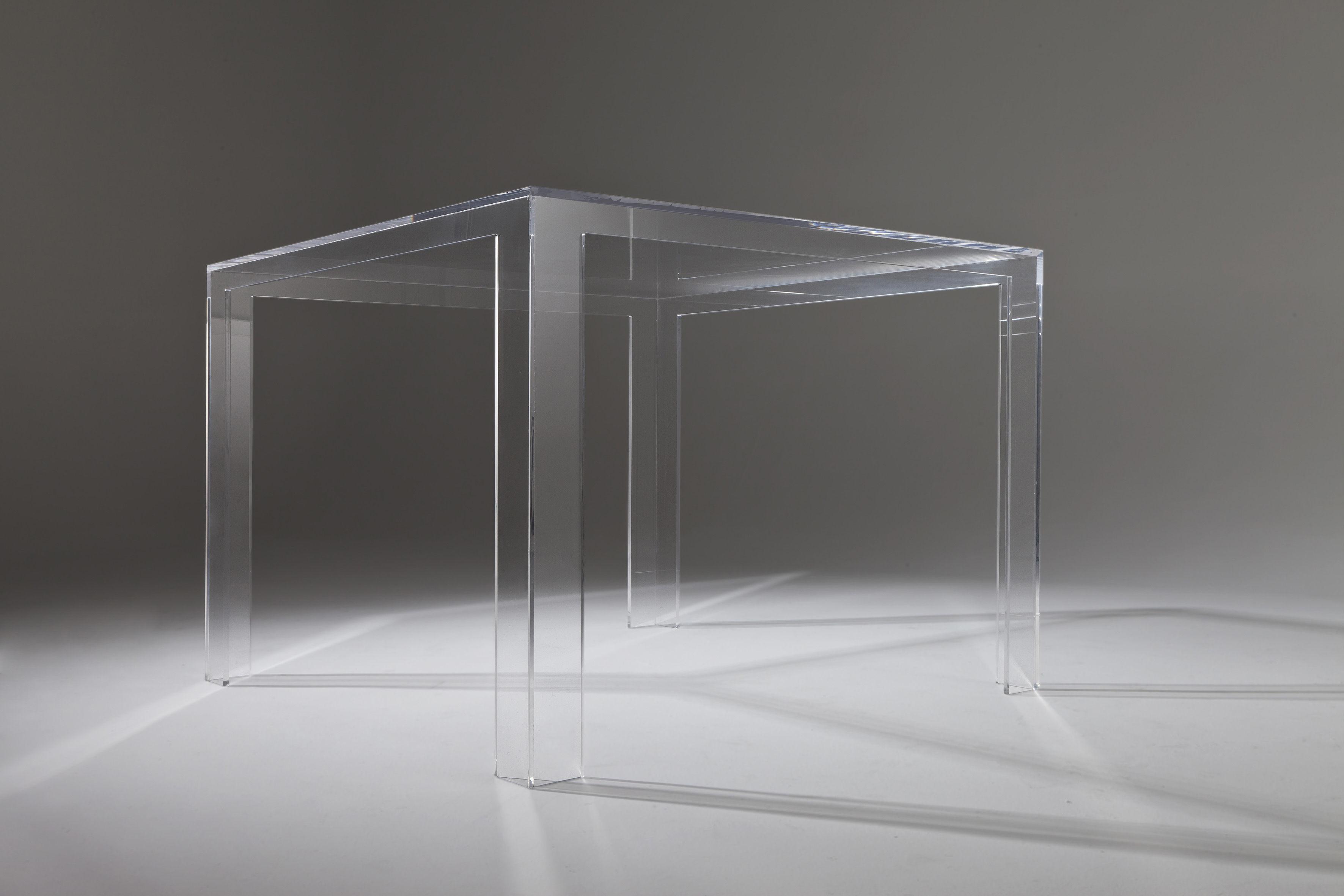 Scopri tavolo invisible h 72 cm cristallo di kartell - Tavolo four kartell prezzo ...