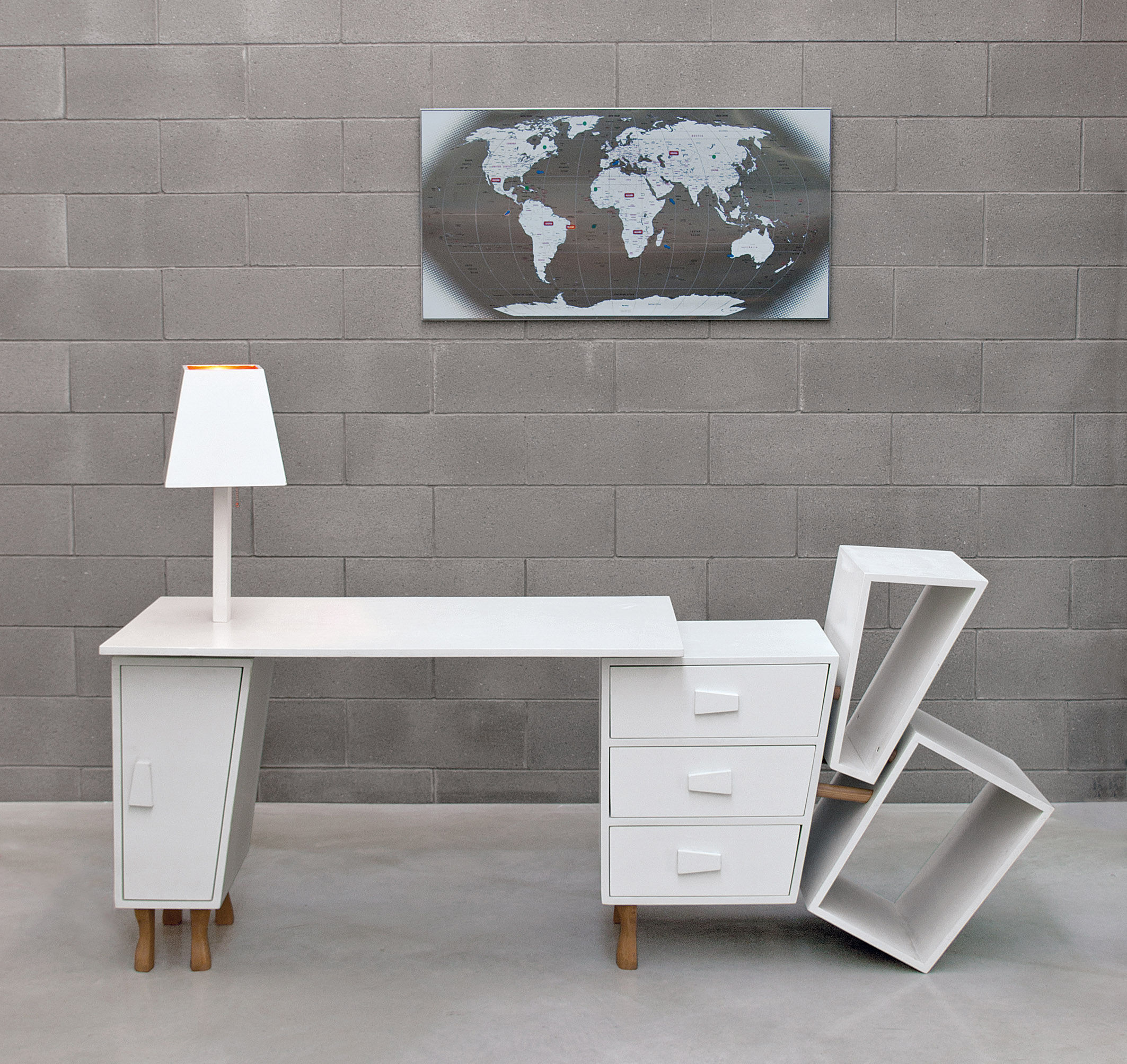 kenn mit ausziehbarer tischplatte inkl stauf chern. Black Bedroom Furniture Sets. Home Design Ideas