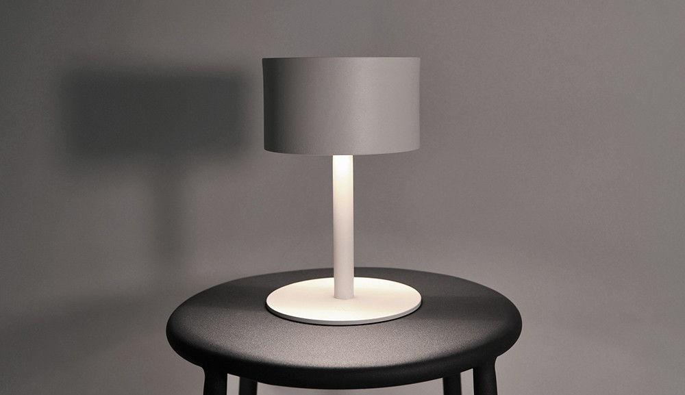 la lampe pose 01 solar lamp white by maiori. Black Bedroom Furniture Sets. Home Design Ideas
