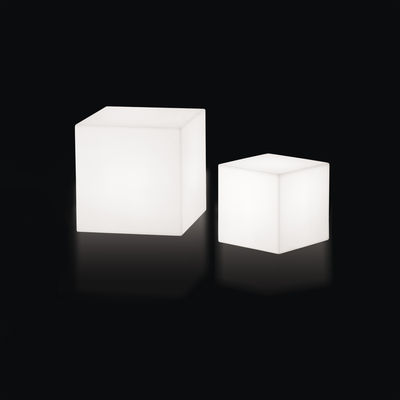table basse lumineuse cubo led rgb 43 cm sans fil 43 x 43 cm blanc slide. Black Bedroom Furniture Sets. Home Design Ideas