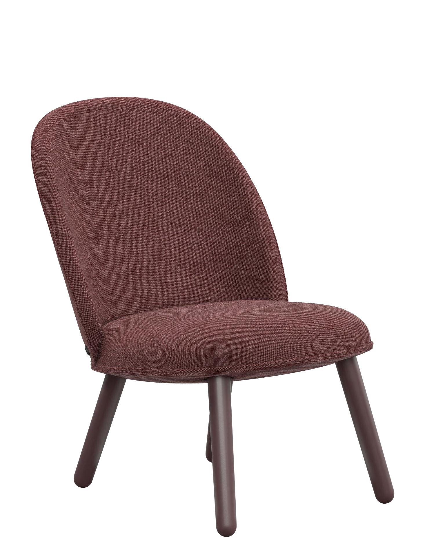 fauteuil bas rembourr ace tissu bois tissu rouge fonc normann copenhagen. Black Bedroom Furniture Sets. Home Design Ideas