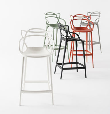 chaise de bar masters h 65 cm polypropyl ne vert sauge kartell. Black Bedroom Furniture Sets. Home Design Ideas