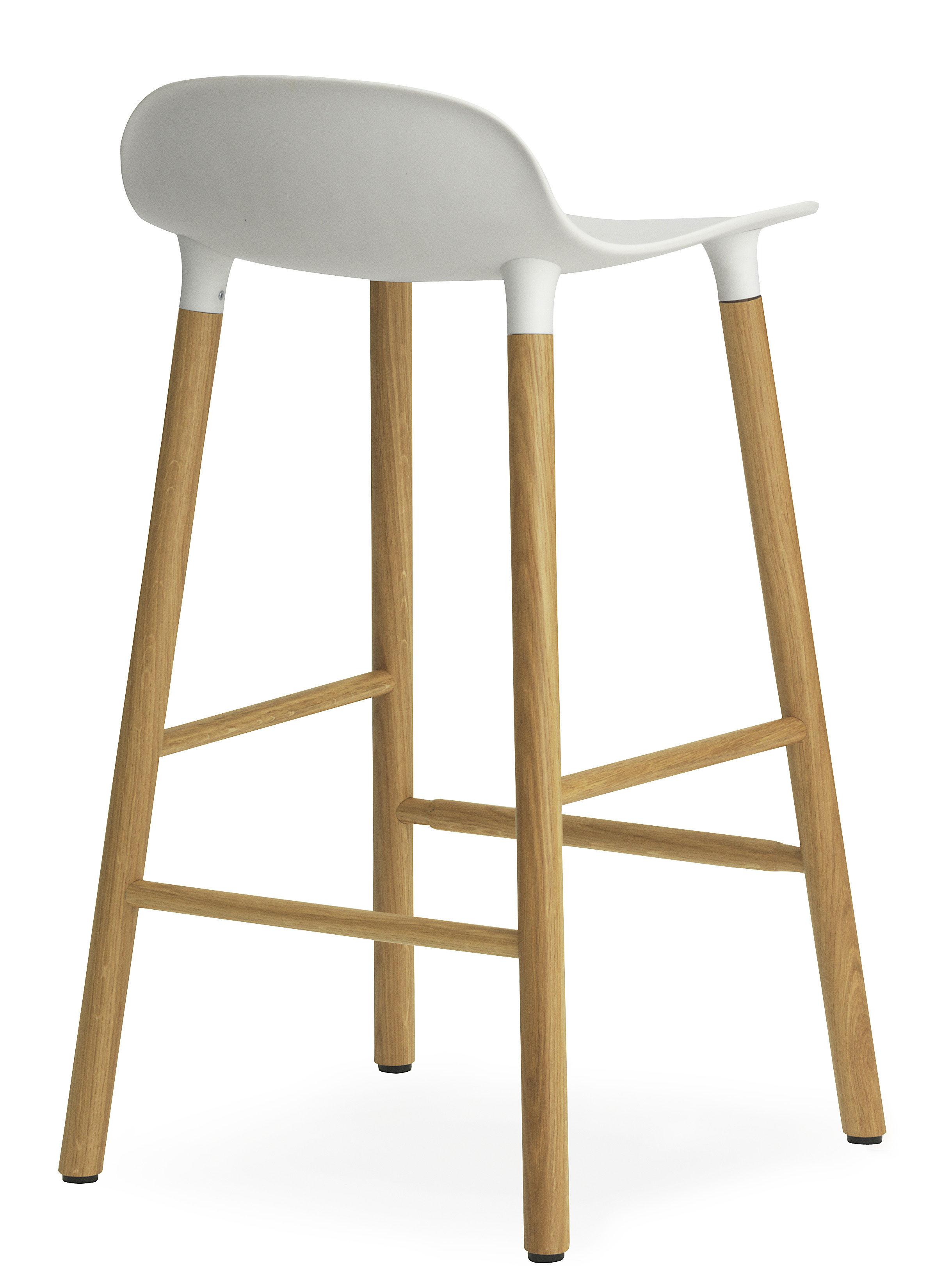 Form bar stool h 65 cm oak leg white oak by normann for Chaise 65 cm design