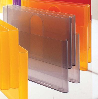 Foto Portariviste di Kartell - Fumé - Materiale plastico