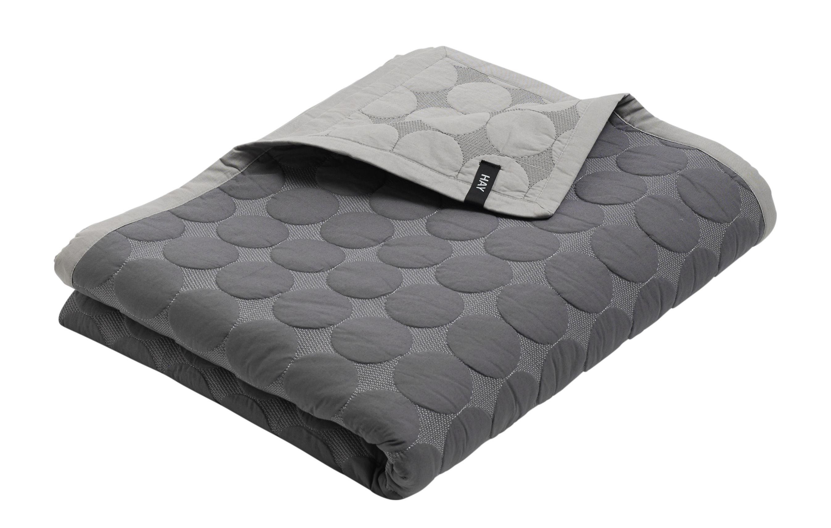 accueil d co textile plaid mega dot 245 x 195 cm hay. Black Bedroom Furniture Sets. Home Design Ideas