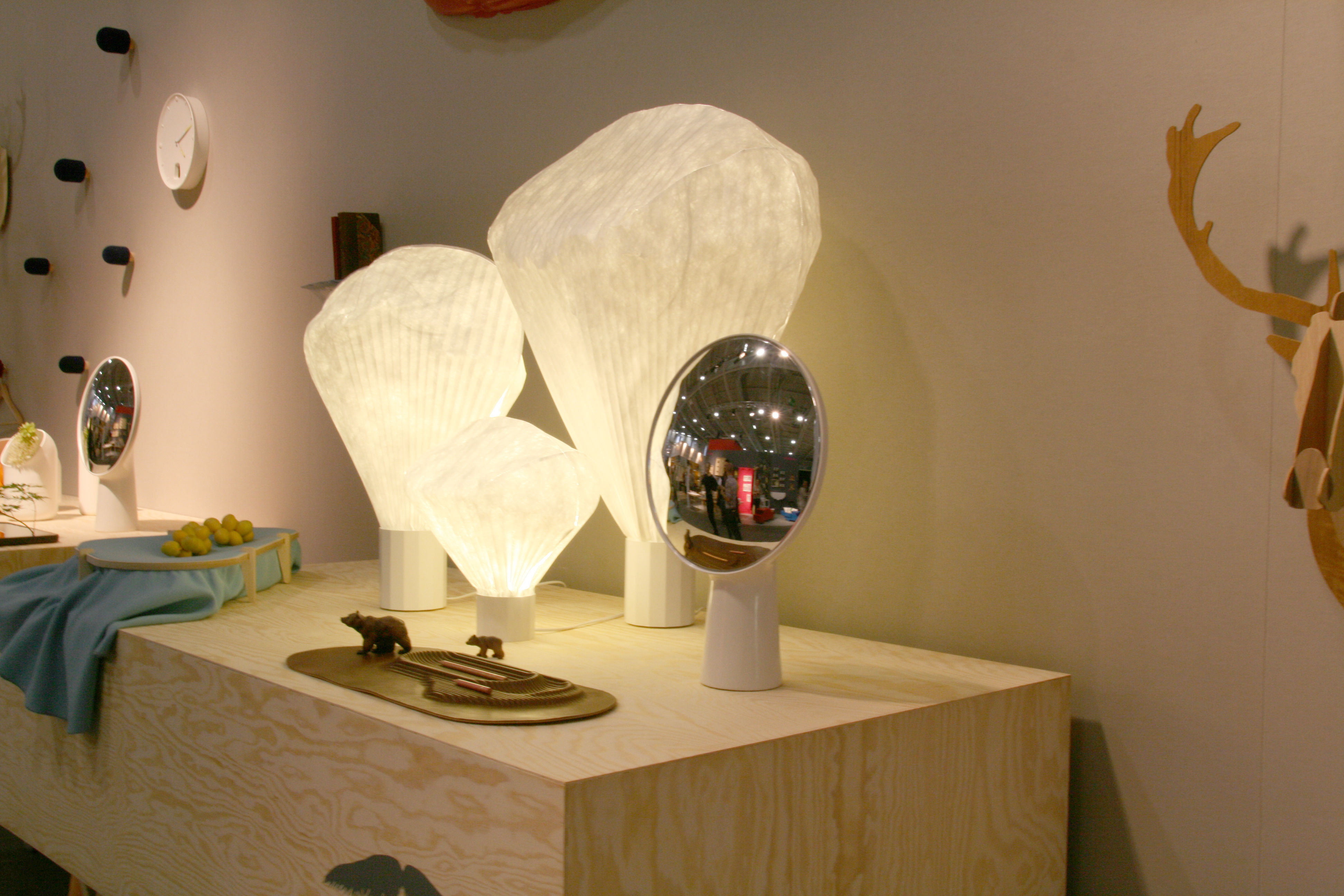 Ebay - Miroir een poser sur tafel ...