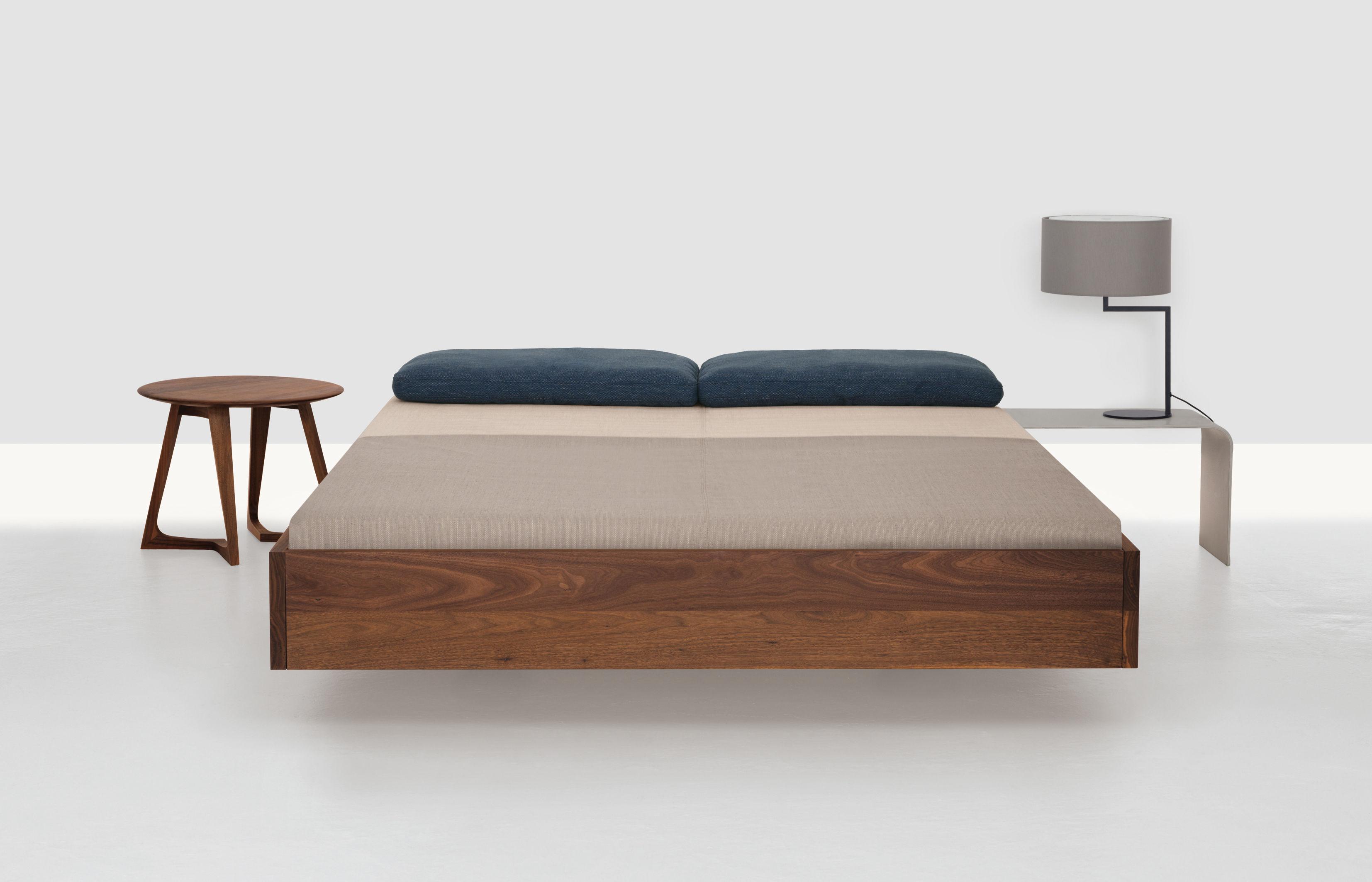 lit double simple king size 200 x 200 cm sans matelas. Black Bedroom Furniture Sets. Home Design Ideas
