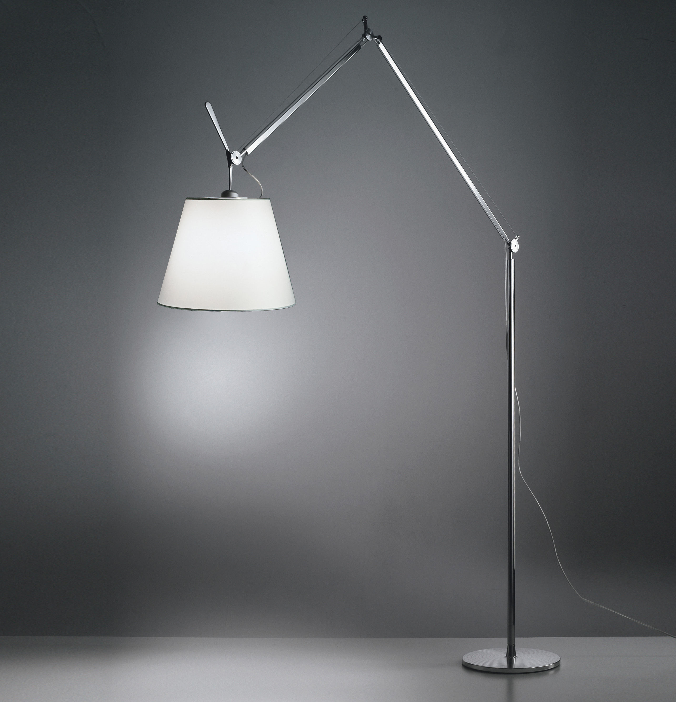 lampadaire tolomeo mega h 148 327 cm abat jour 42 cm. Black Bedroom Furniture Sets. Home Design Ideas