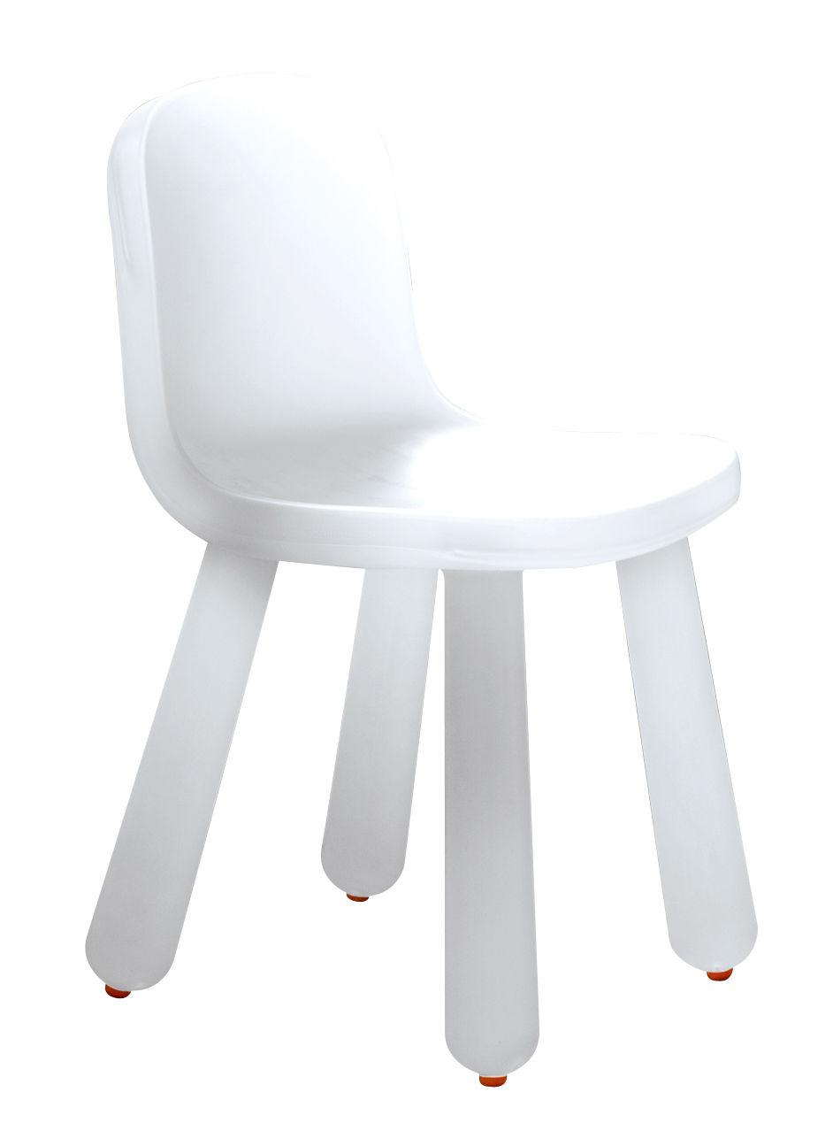 Chaise still blanc translucide magis for Chaise translucide