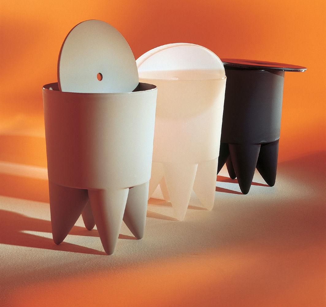 tabouret new bubu 1er coffre plastique gris souris xo. Black Bedroom Furniture Sets. Home Design Ideas
