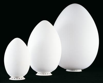 Foto Lampada da pavimento Uovo di Fontana Arte - Bianco - Vetro