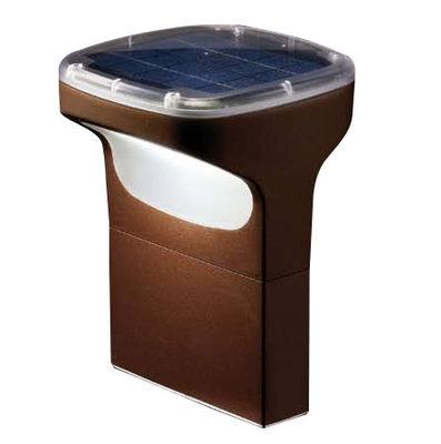 Foto Paletto di illuminazione Sky - Energia solare - h 28 cm di Luceplan - Marrone - Metallo