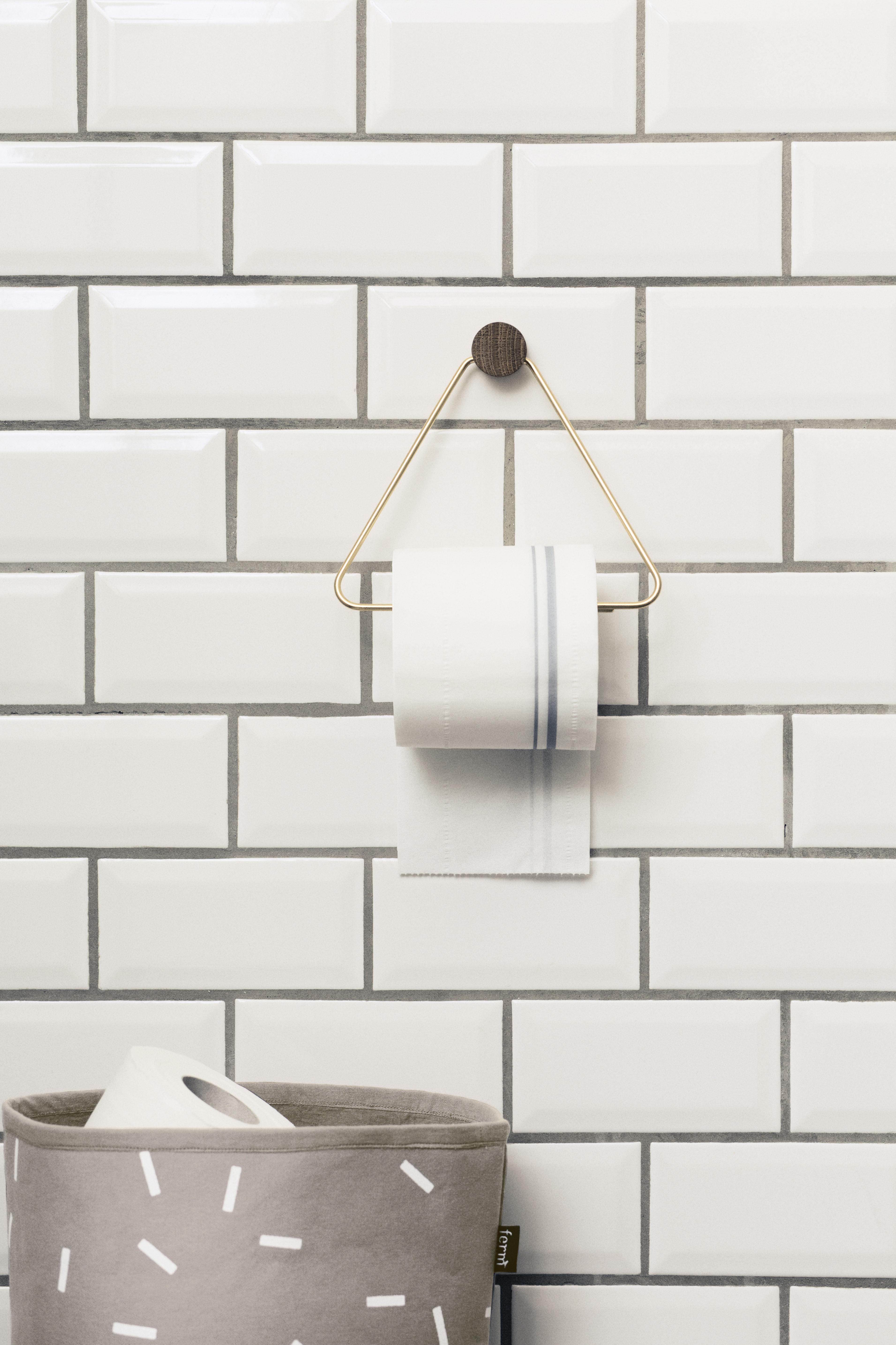 d rouleur de papier toilette brass laiton bois naturel ferm living. Black Bedroom Furniture Sets. Home Design Ideas