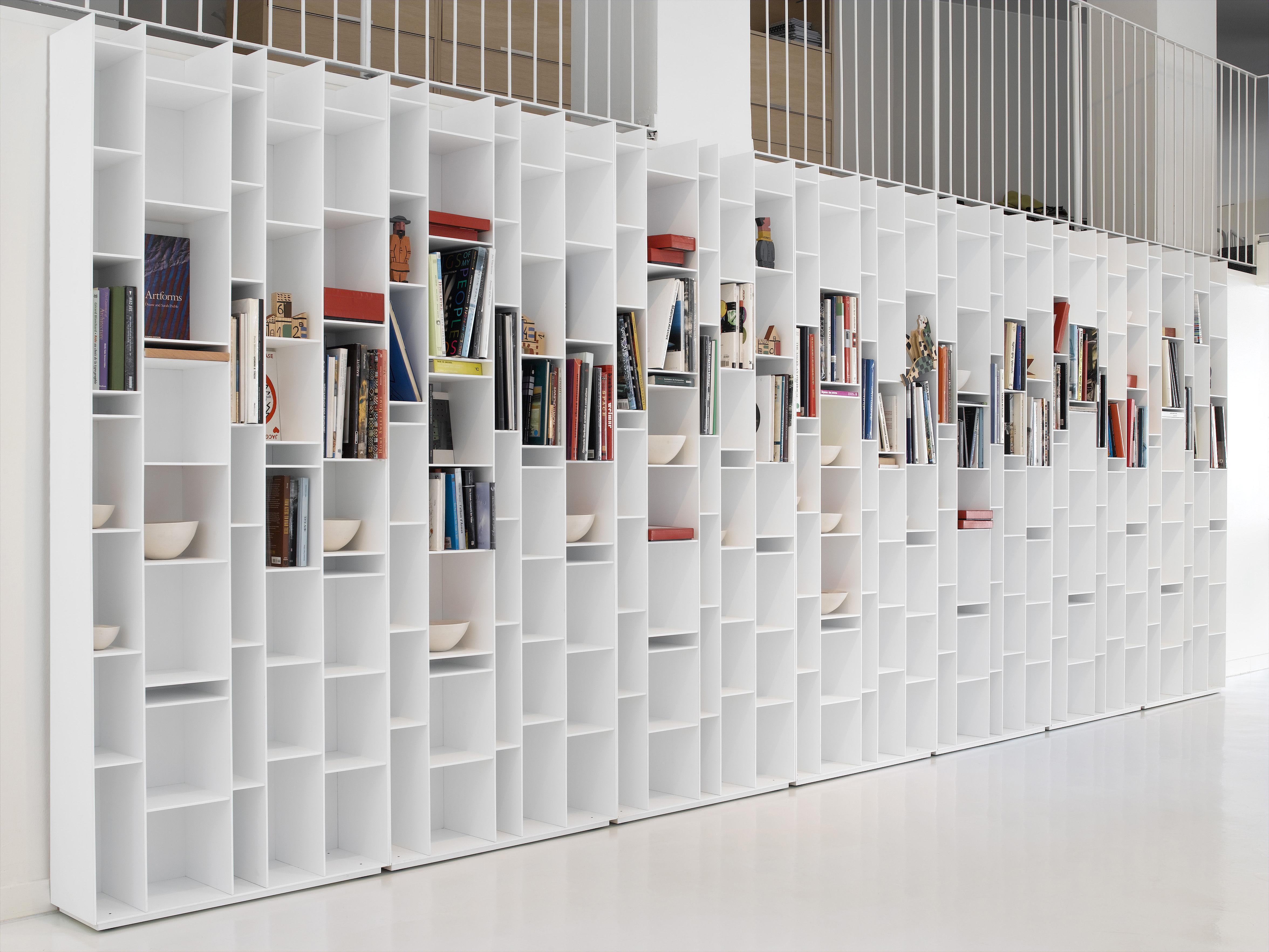 random bookcase lacquered white by mdf italia. Black Bedroom Furniture Sets. Home Design Ideas