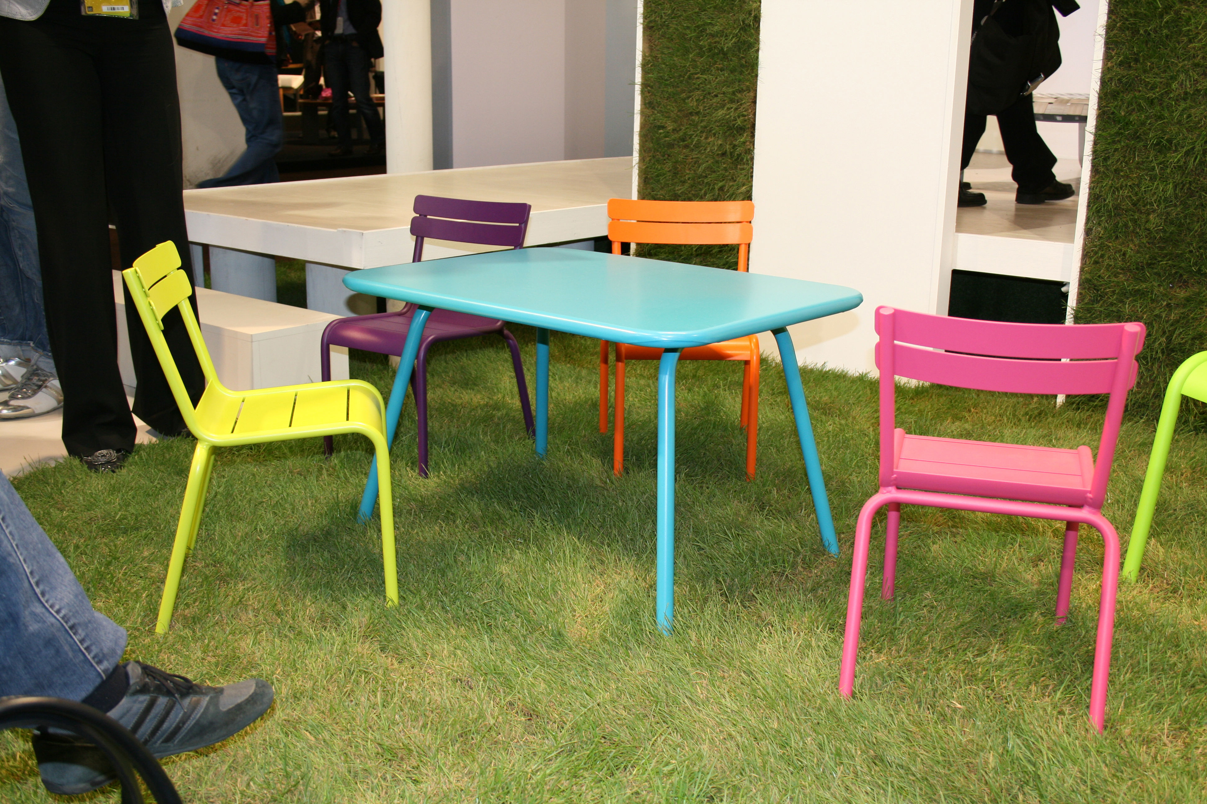 table enfant luxembourg kid turquoise fermob. Black Bedroom Furniture Sets. Home Design Ideas