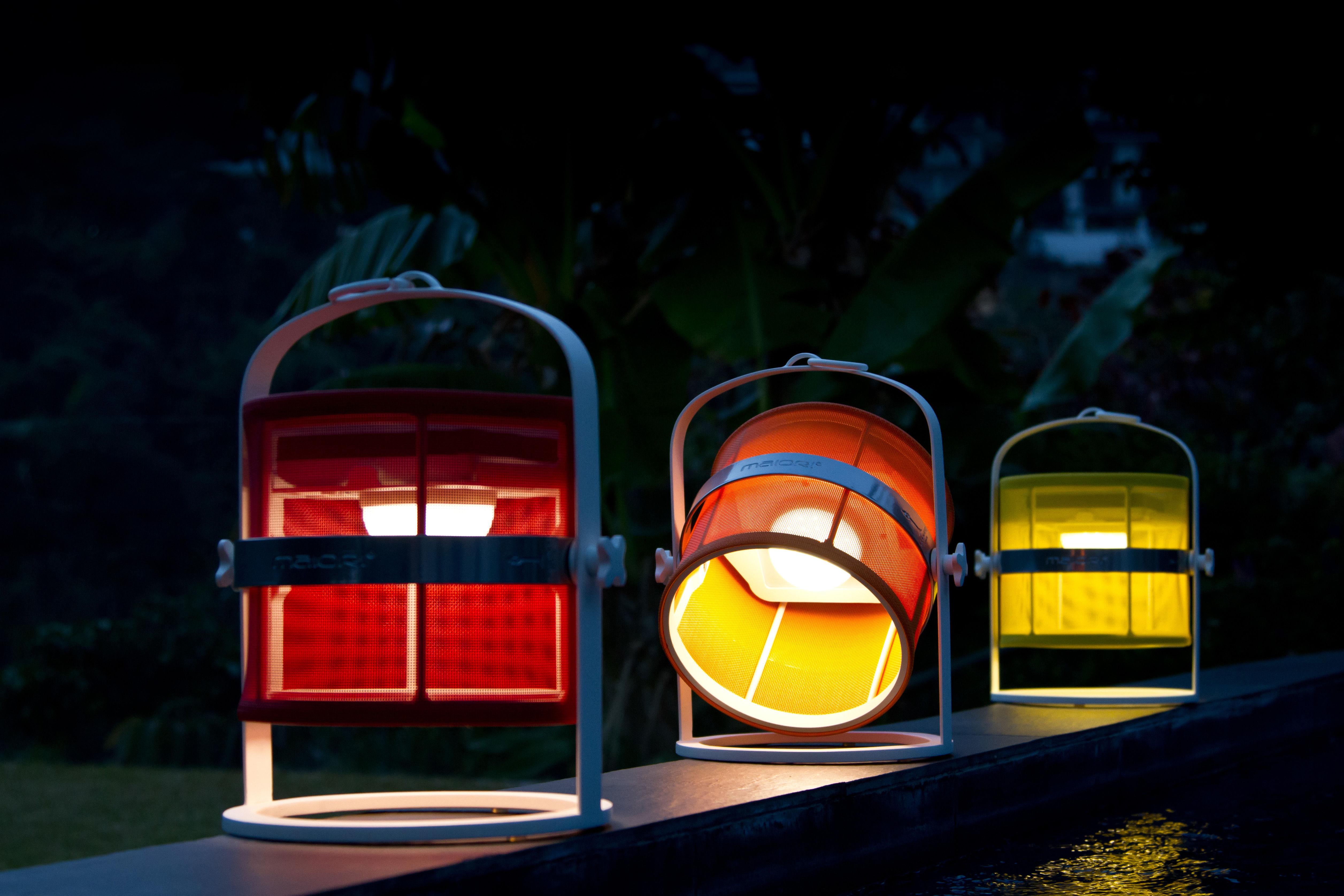 la lampe petite led solar lamp solar black structure structure black diffuser black by. Black Bedroom Furniture Sets. Home Design Ideas