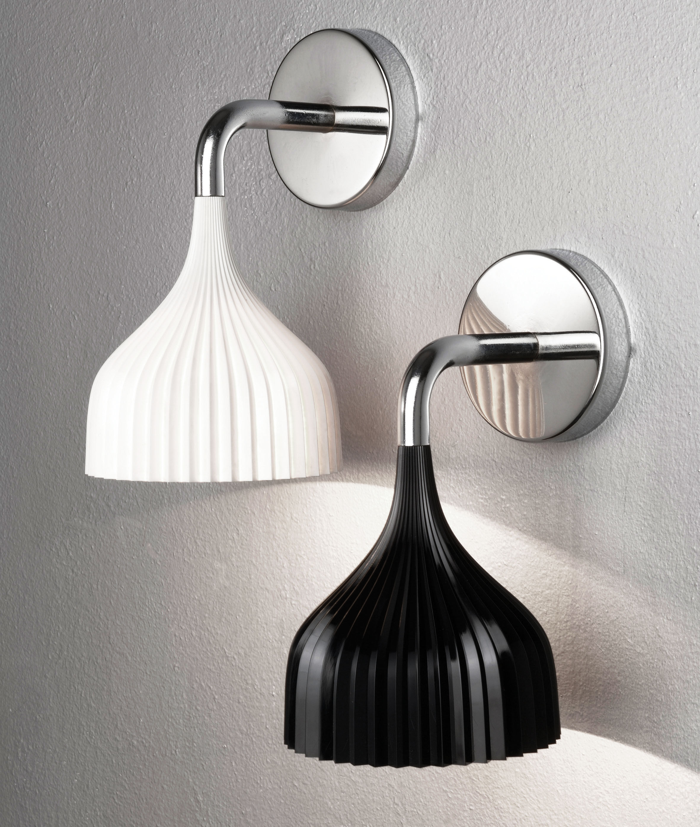 e 39 wall light cristal by kartell