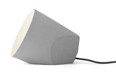 Foto Lampada da Tavolo On the Edge / Portatile - H 21 cm - Menu - Grigio chiaro - Ceramica