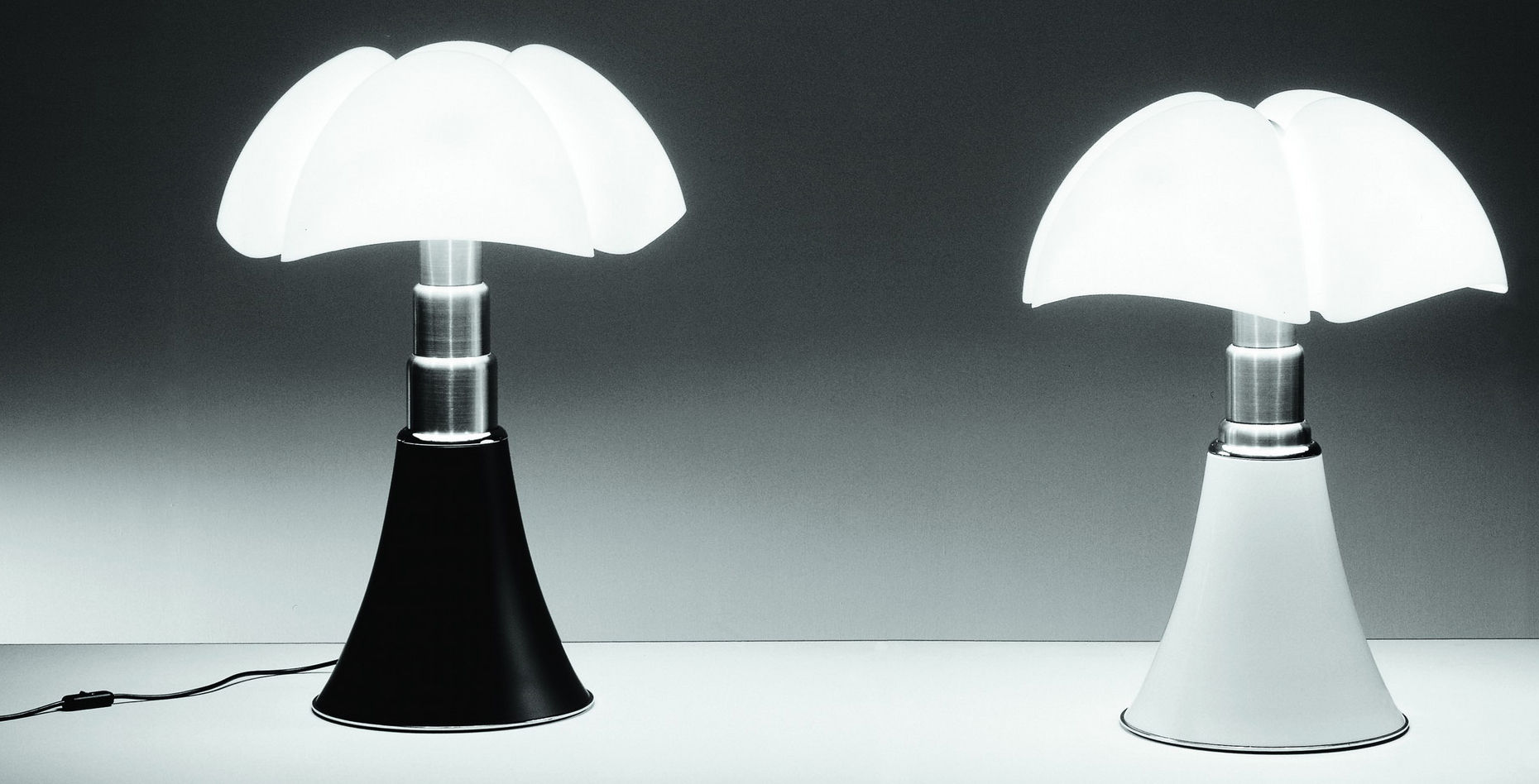 lampe pipistrello martinelli luce made in design. Black Bedroom Furniture Sets. Home Design Ideas