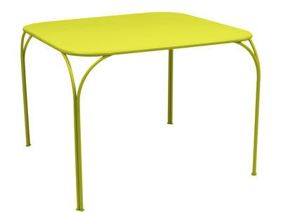Table Kintbury 100 x 100 cm Fermob verveine en métal