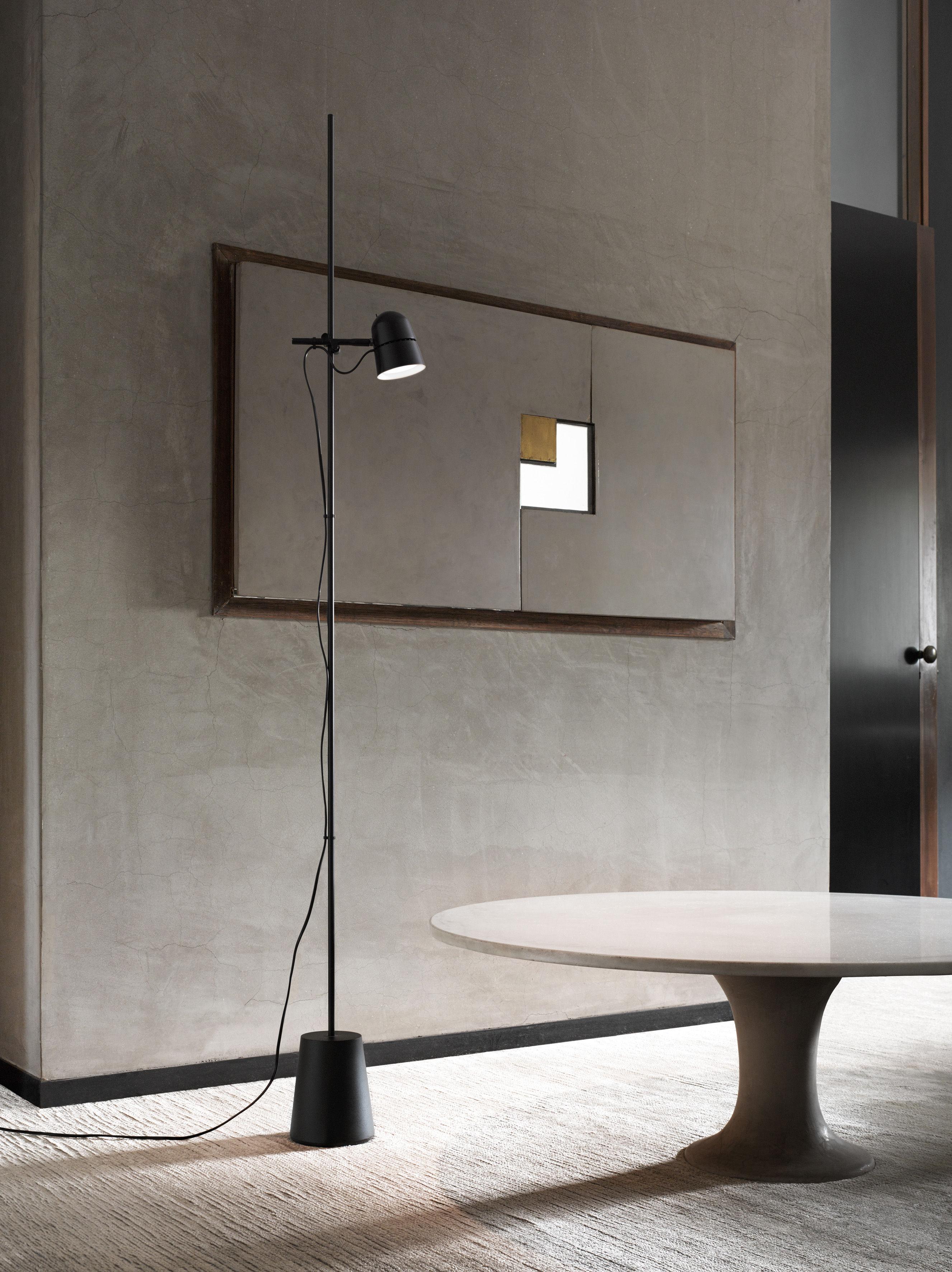 counterbalance stehleuchte led verstellbarer lampenschirm h 170 cm schwarz by luceplan. Black Bedroom Furniture Sets. Home Design Ideas