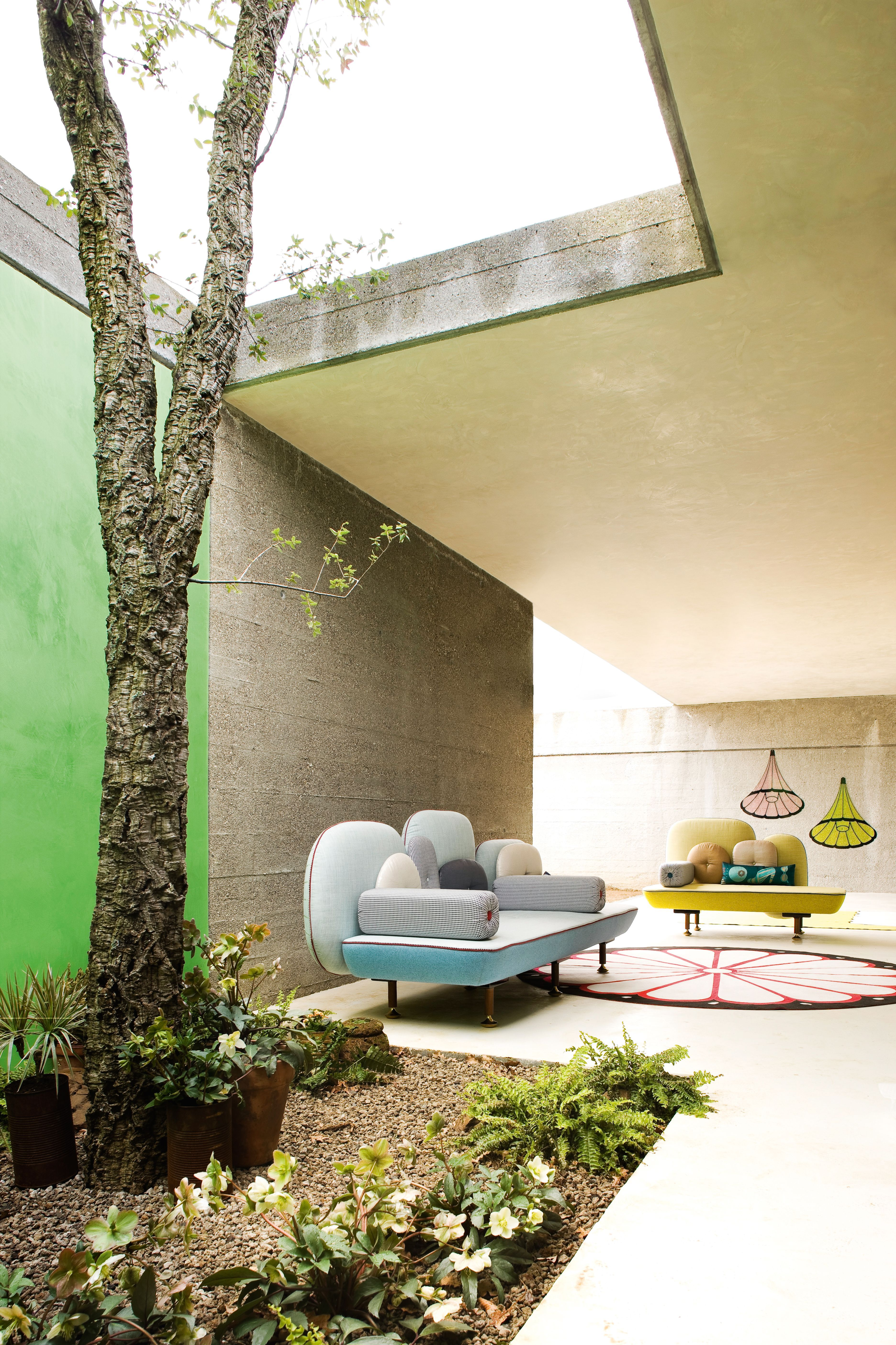 canap droit my beautiful backside l 261 cm bleu clair moroso made in design. Black Bedroom Furniture Sets. Home Design Ideas
