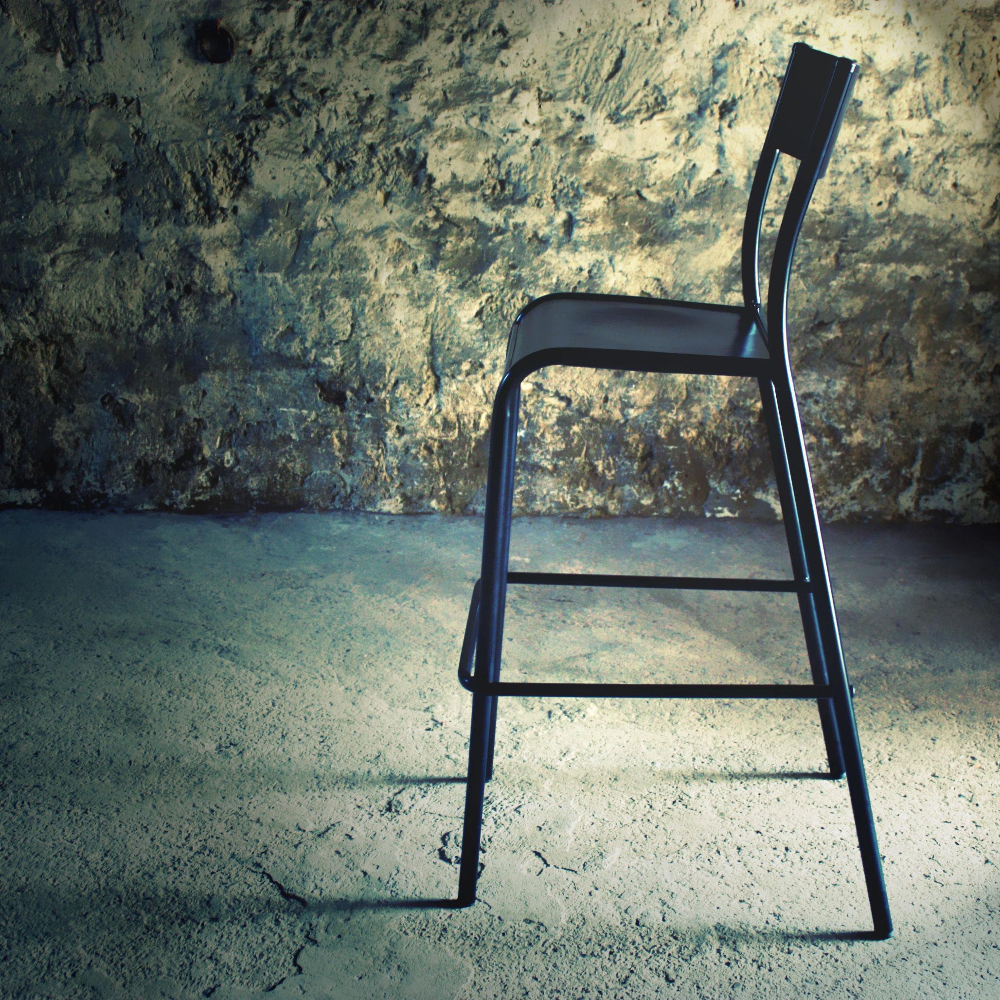 chaise de bar 510 originale assise bois h 60 cm h 60. Black Bedroom Furniture Sets. Home Design Ideas