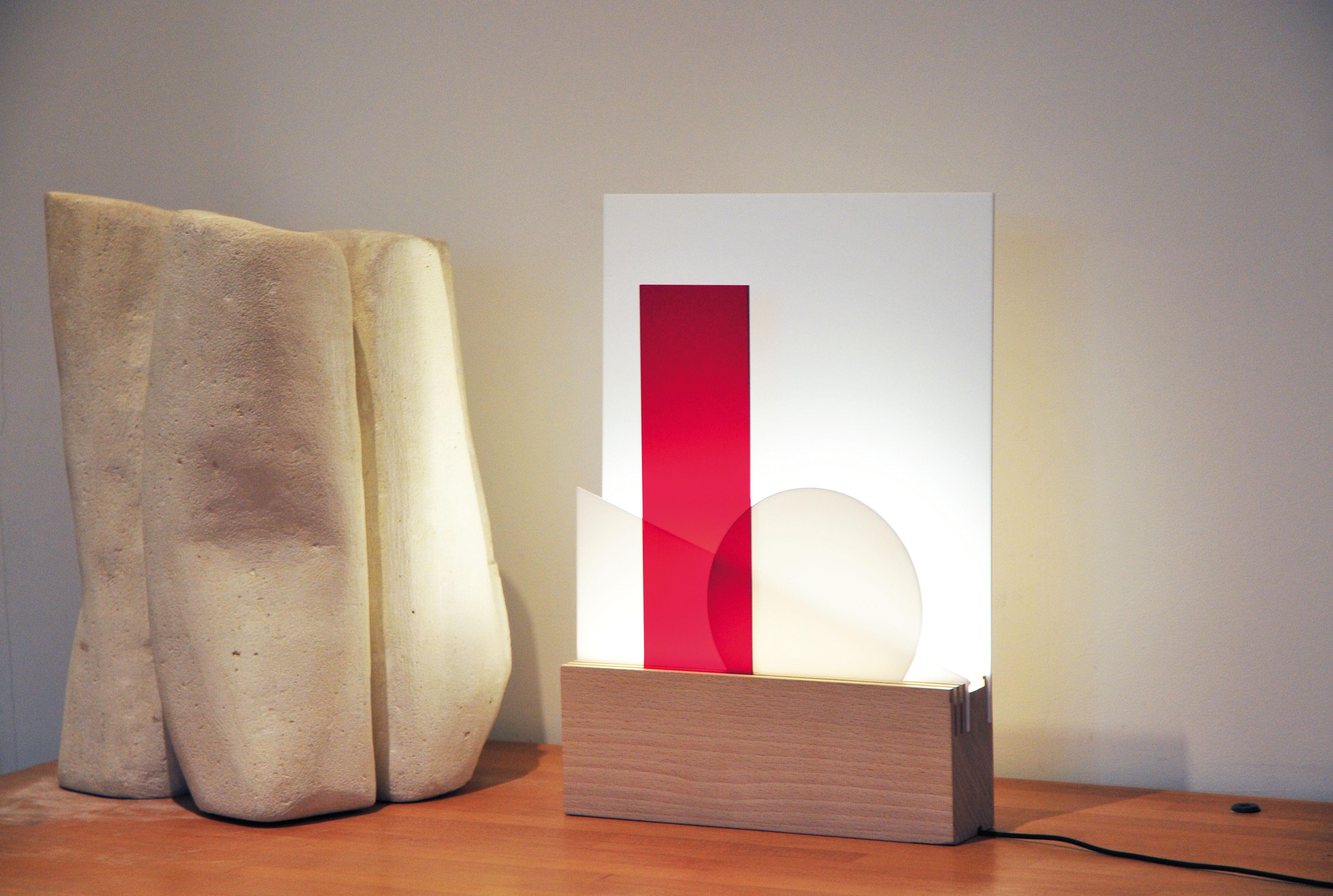 euclide tischleuchte led modular holz austauschbare platten in unterschiedlichen farben by. Black Bedroom Furniture Sets. Home Design Ideas
