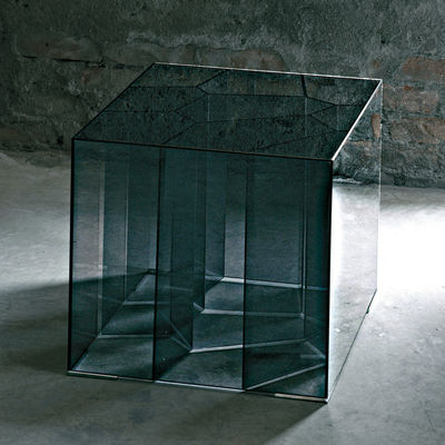 Furniture - Coffee Tables - Alice Coffee table - 50 x 50 cm by Glas Italia - Smoked glass - Cristal trempé